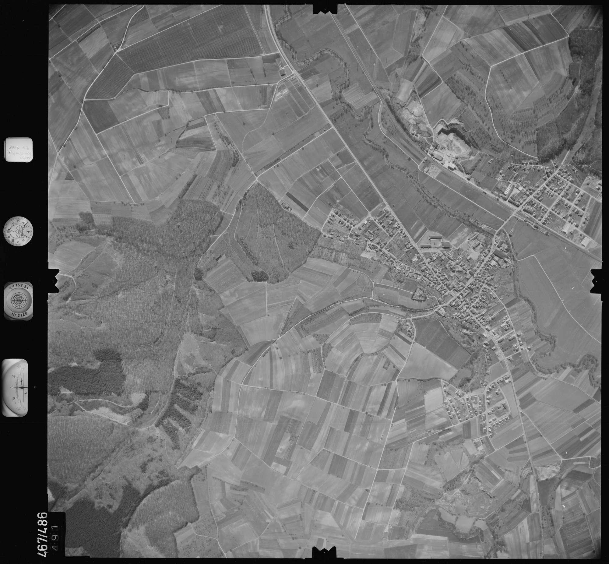 Luftbild: Film 101 Bildnr. 491, Bild 1