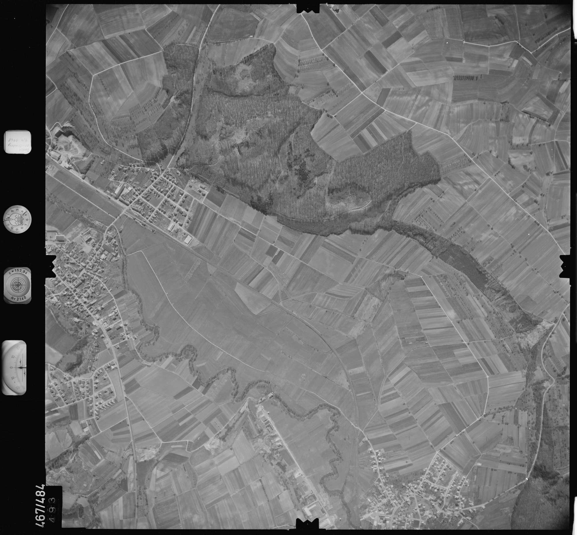 Luftbild: Film 101 Bildnr. 493, Bild 1