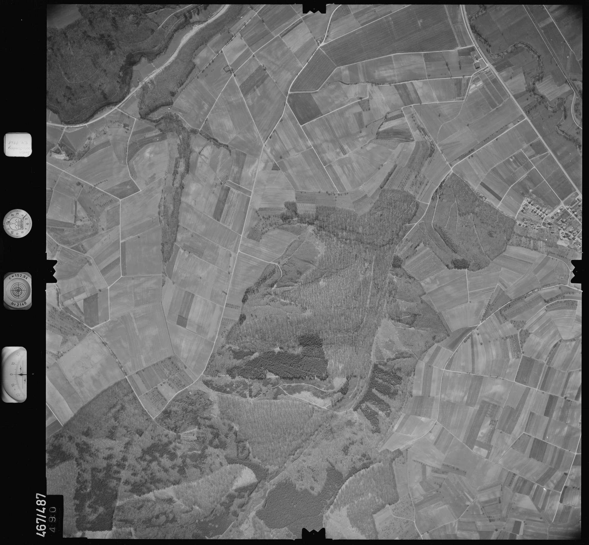 Luftbild: Film 101 Bildnr. 490, Bild 1