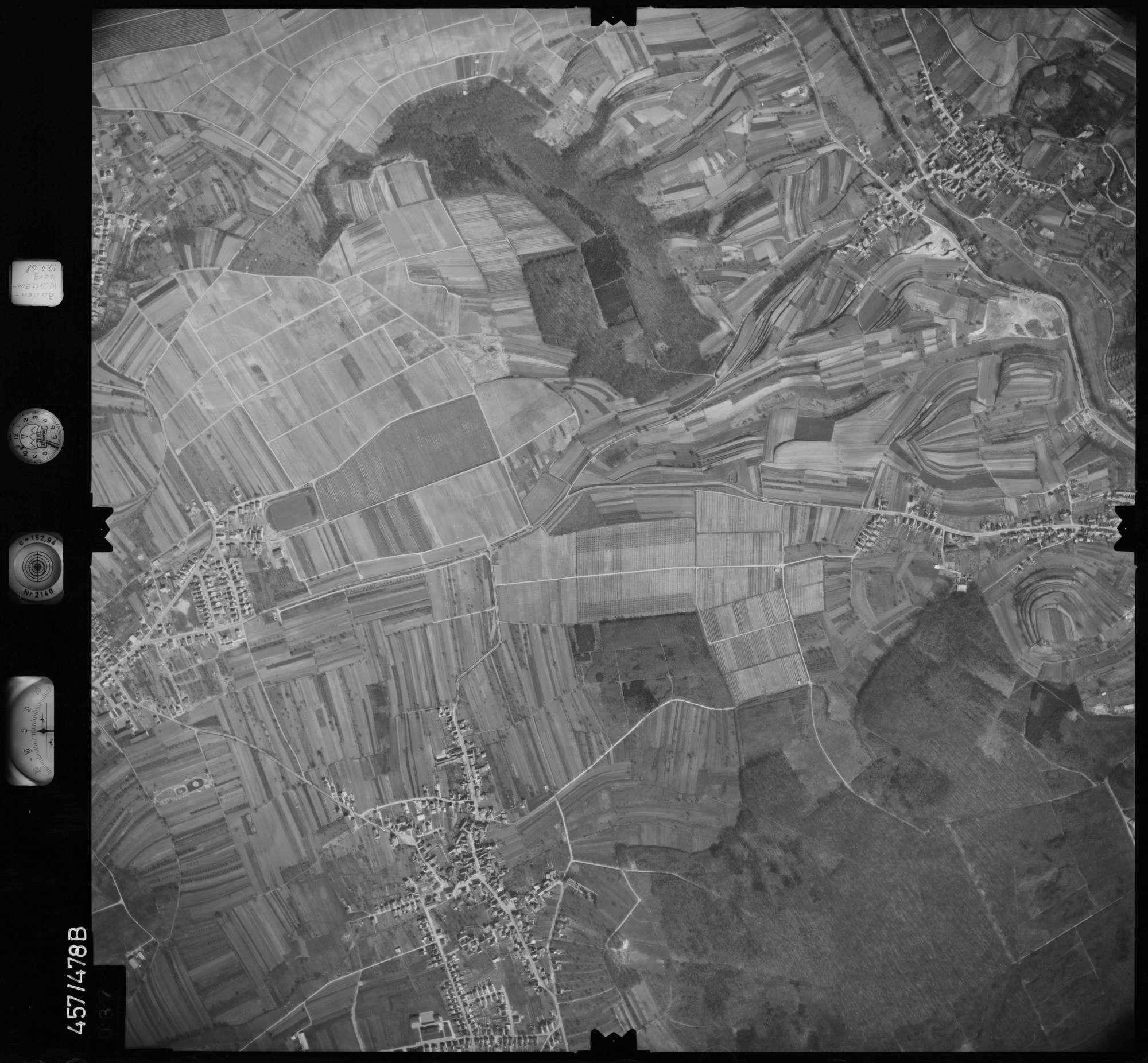 Luftbild: Film 104 Bildnr. 37, Bild 1