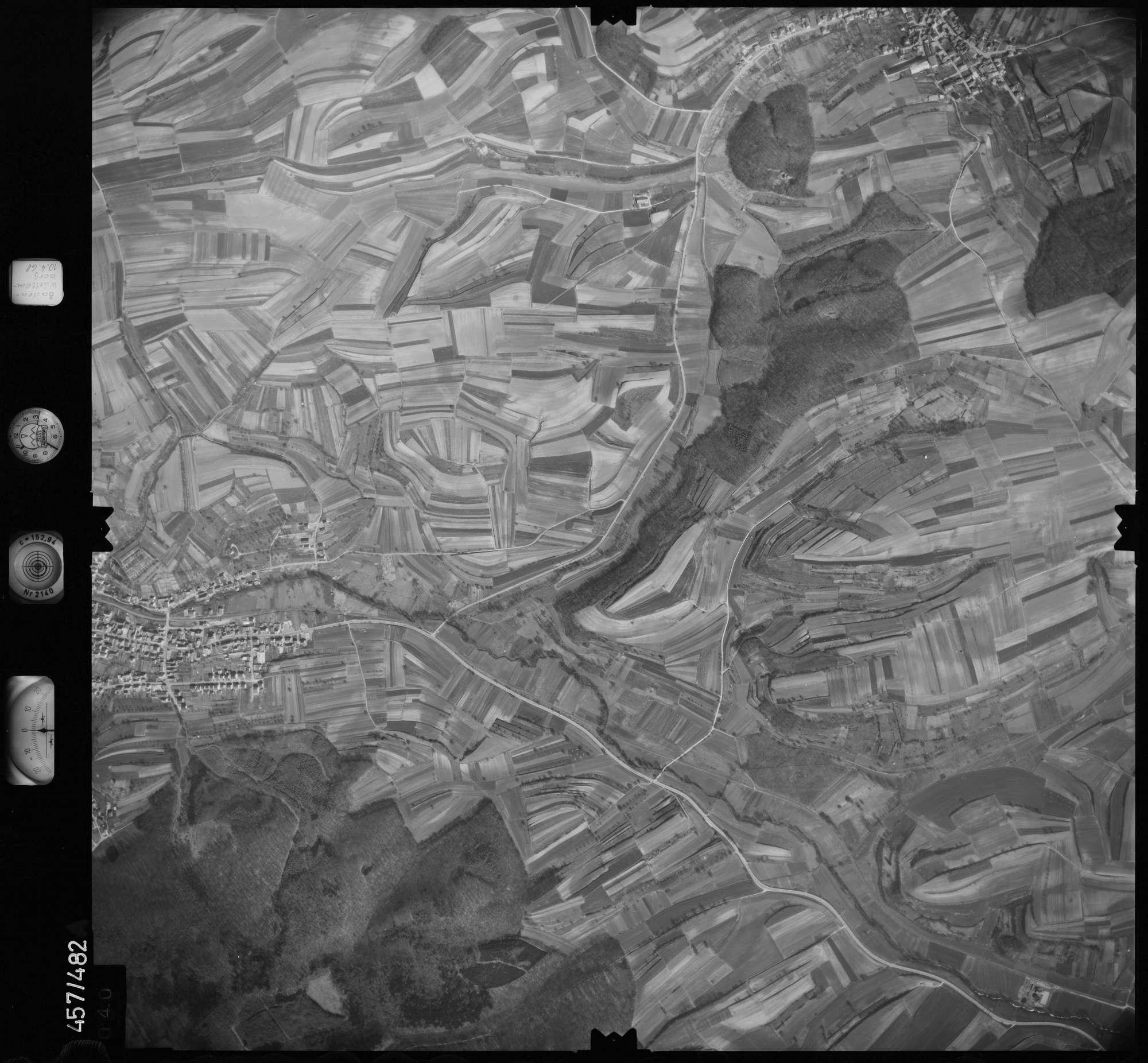 Luftbild: Film 104 Bildnr. 40, Bild 1