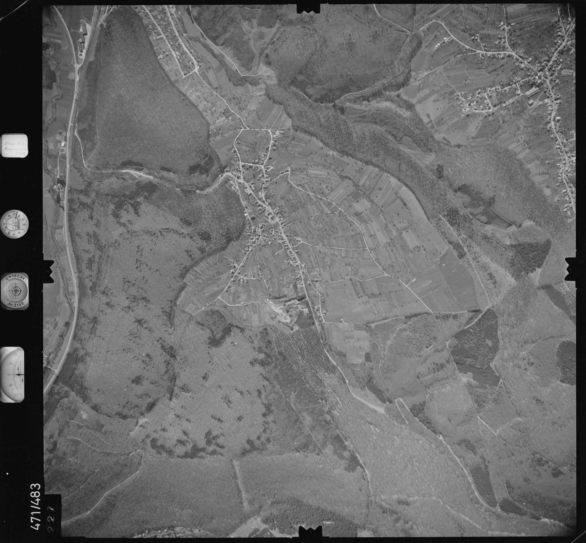 Luftbild: Film 100 Bildnr. 227, Bild 1