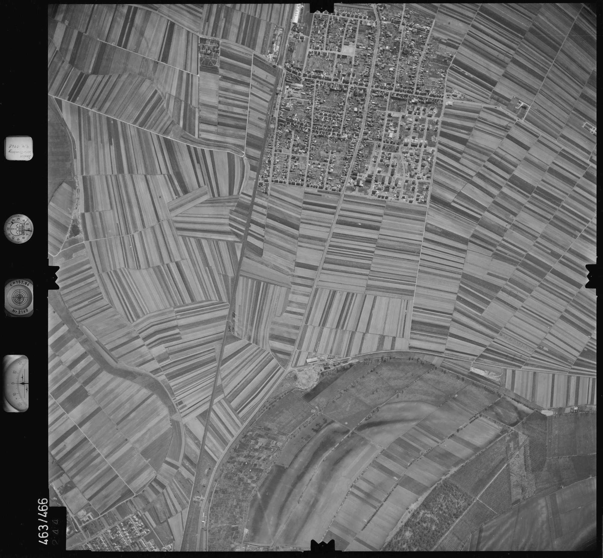 Luftbild: Film 102 Bildnr. 244, Bild 1