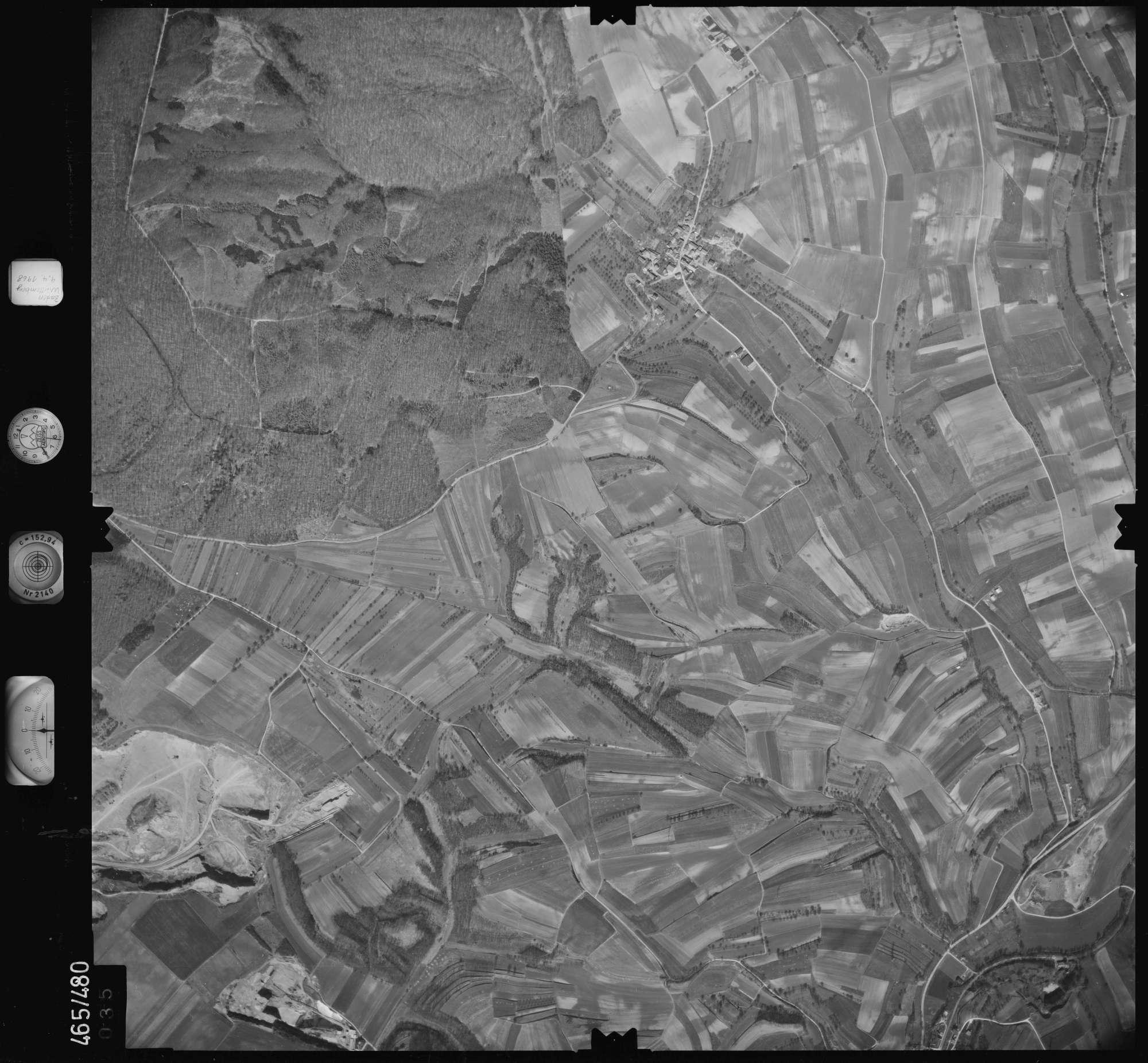Luftbild: Film 102 Bildnr. 35, Bild 1