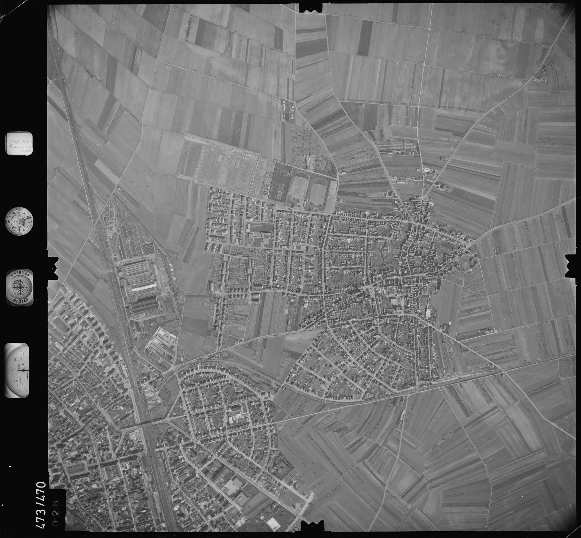 Luftbild: Film 100 Bildnr. 28, Bild 1