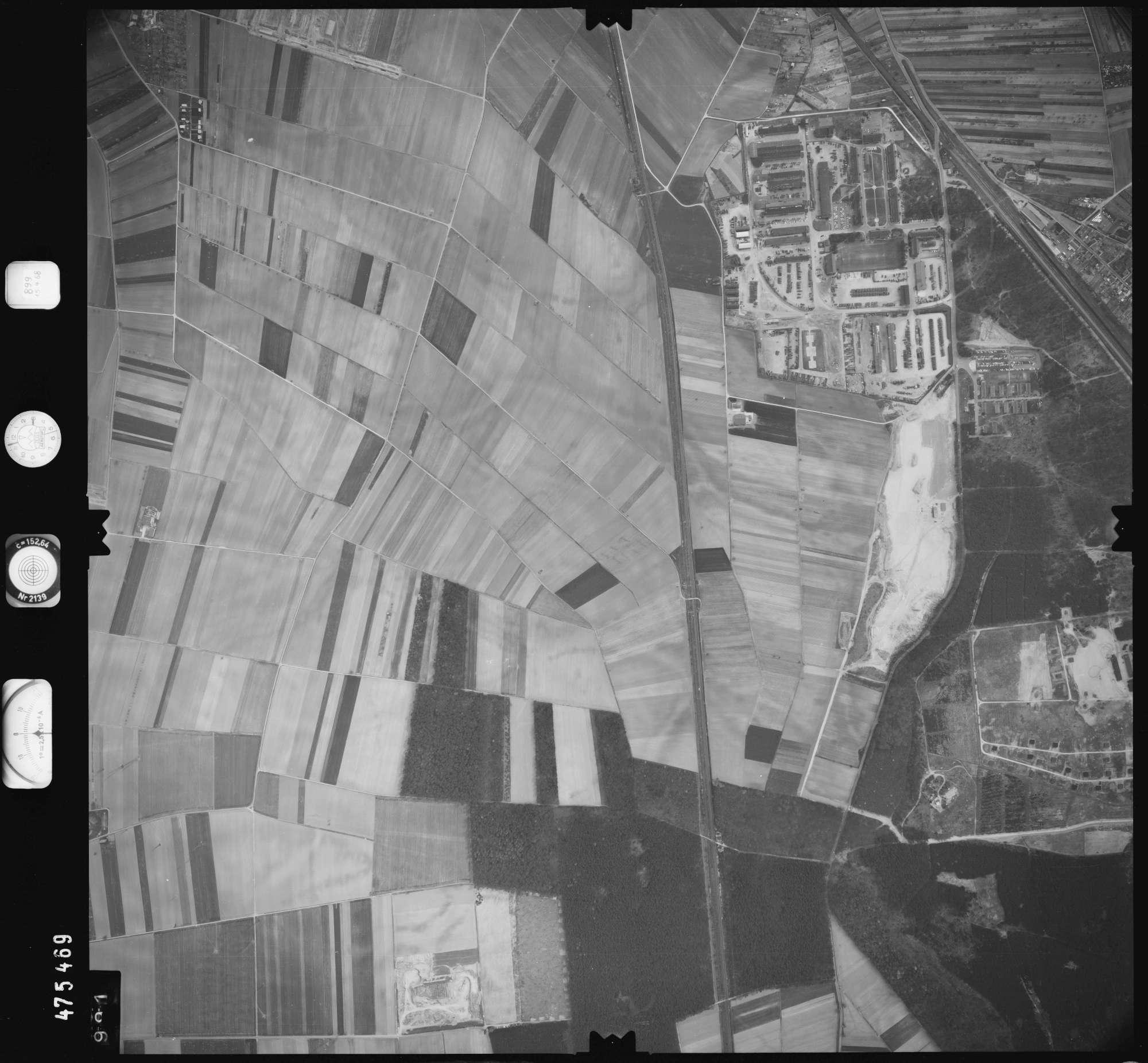 Luftbild: Film 899 Bildnr. 991, Bild 1