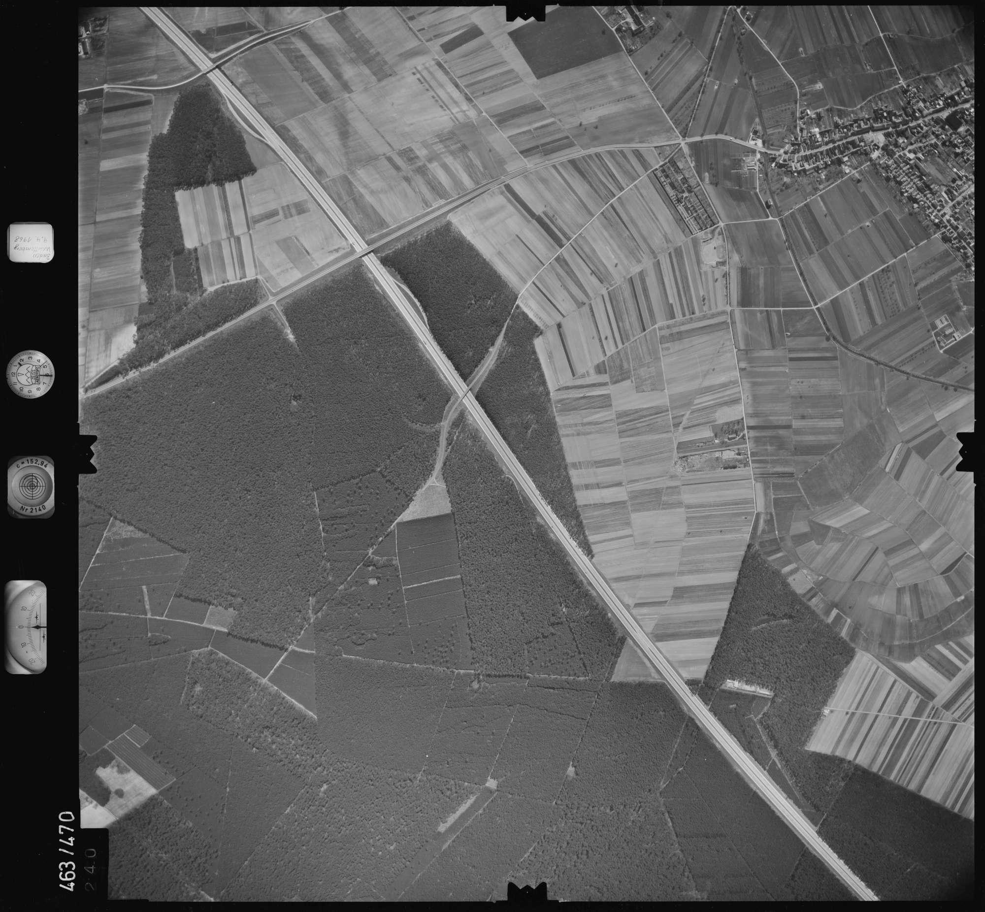 Luftbild: Film 102 Bildnr. 240, Bild 1
