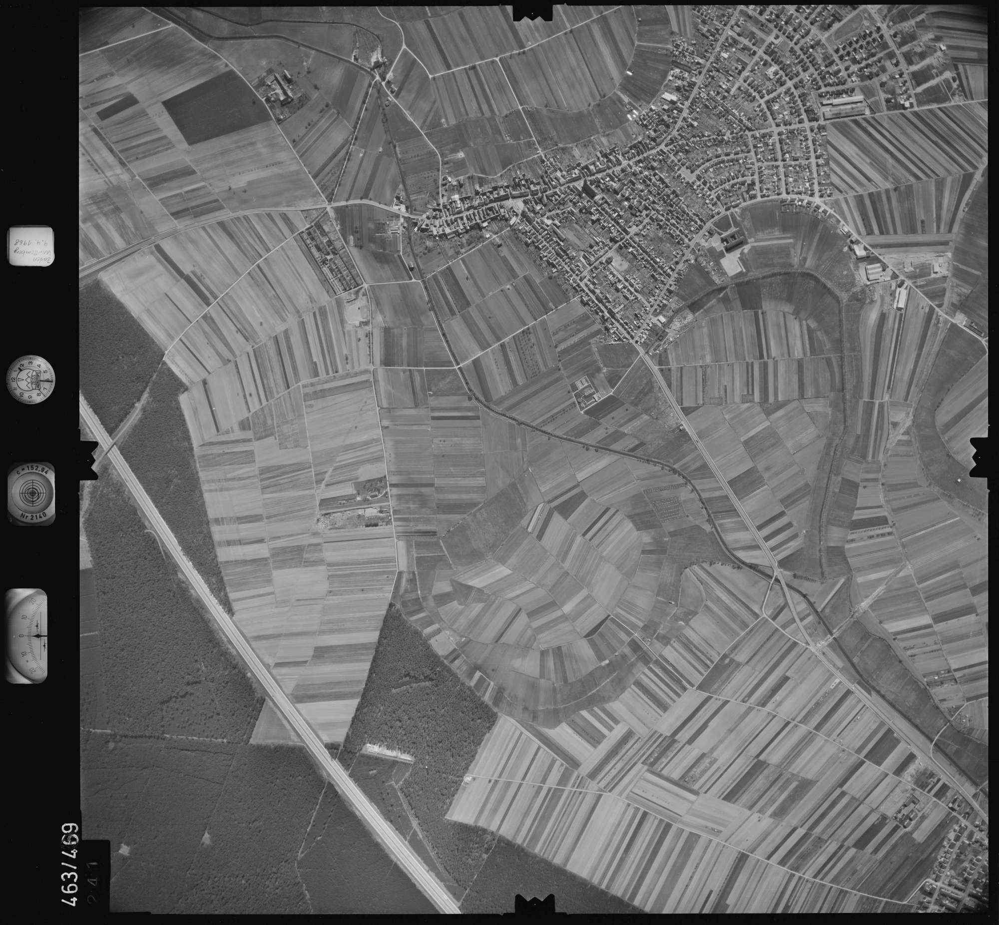 Luftbild: Film 102 Bildnr. 241, Bild 1
