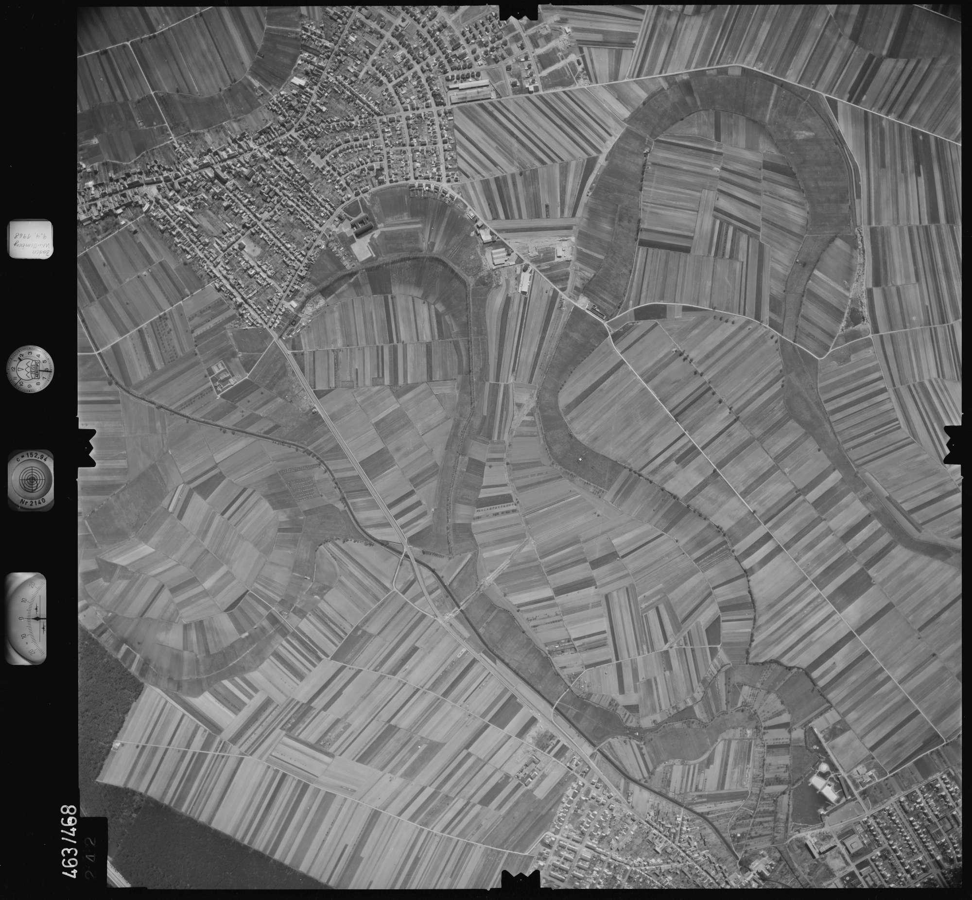 Luftbild: Film 102 Bildnr. 242, Bild 1