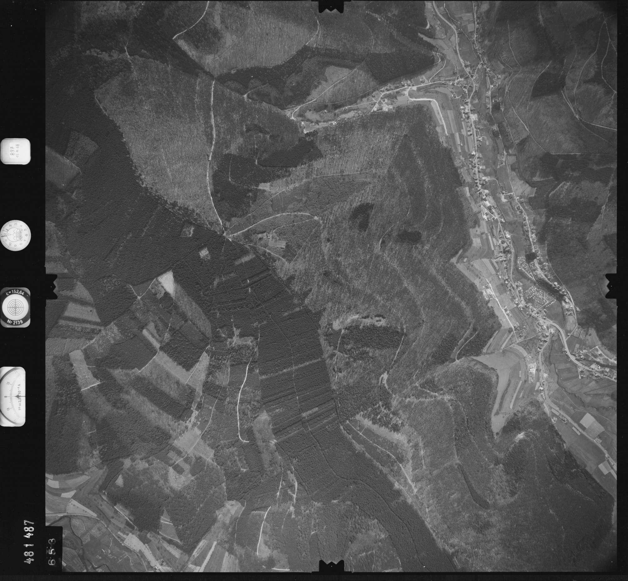 Luftbild: Film 897 Bildnr. 653, Bild 1