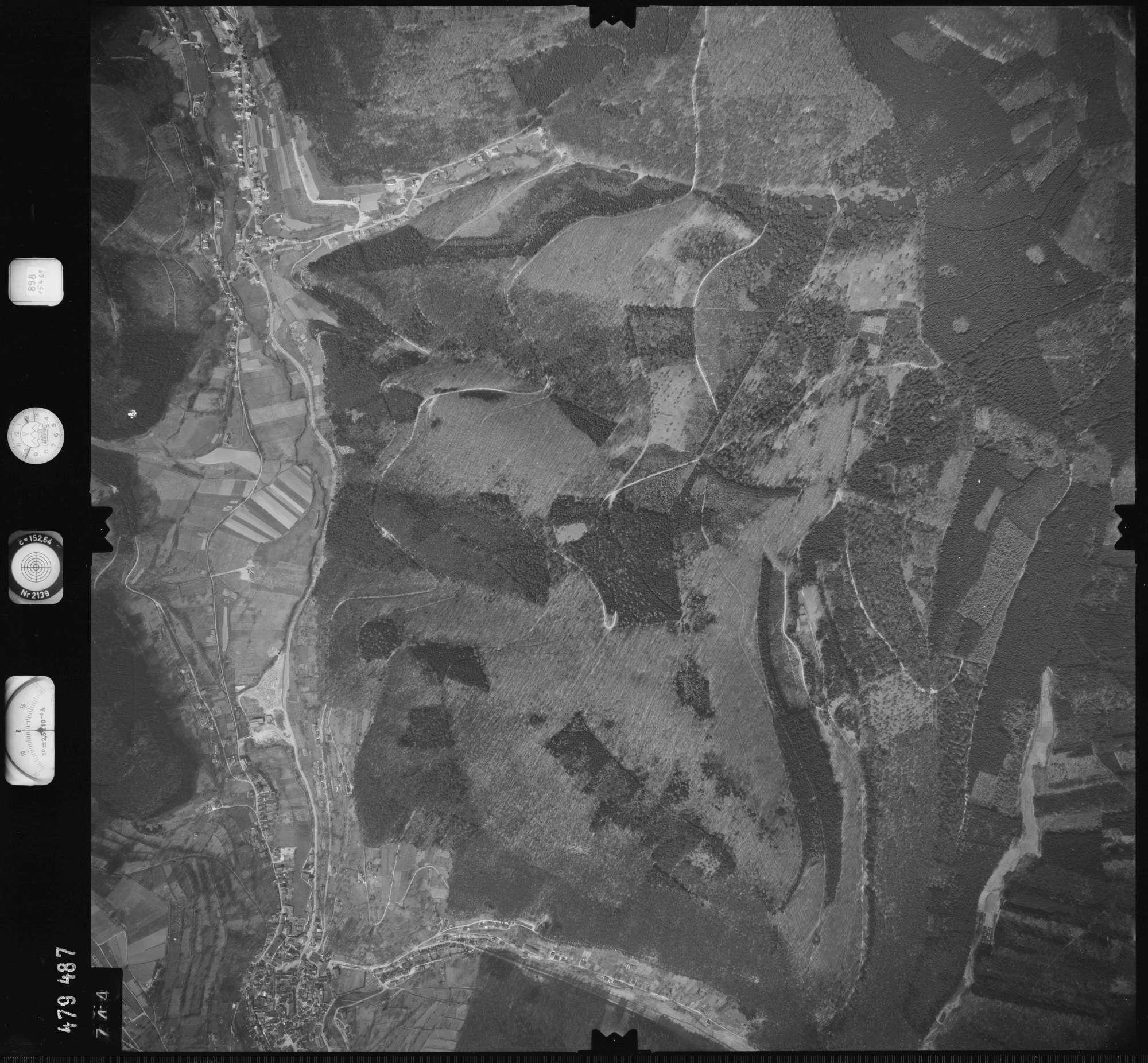 Luftbild: Film 898 Bildnr. 744, Bild 1