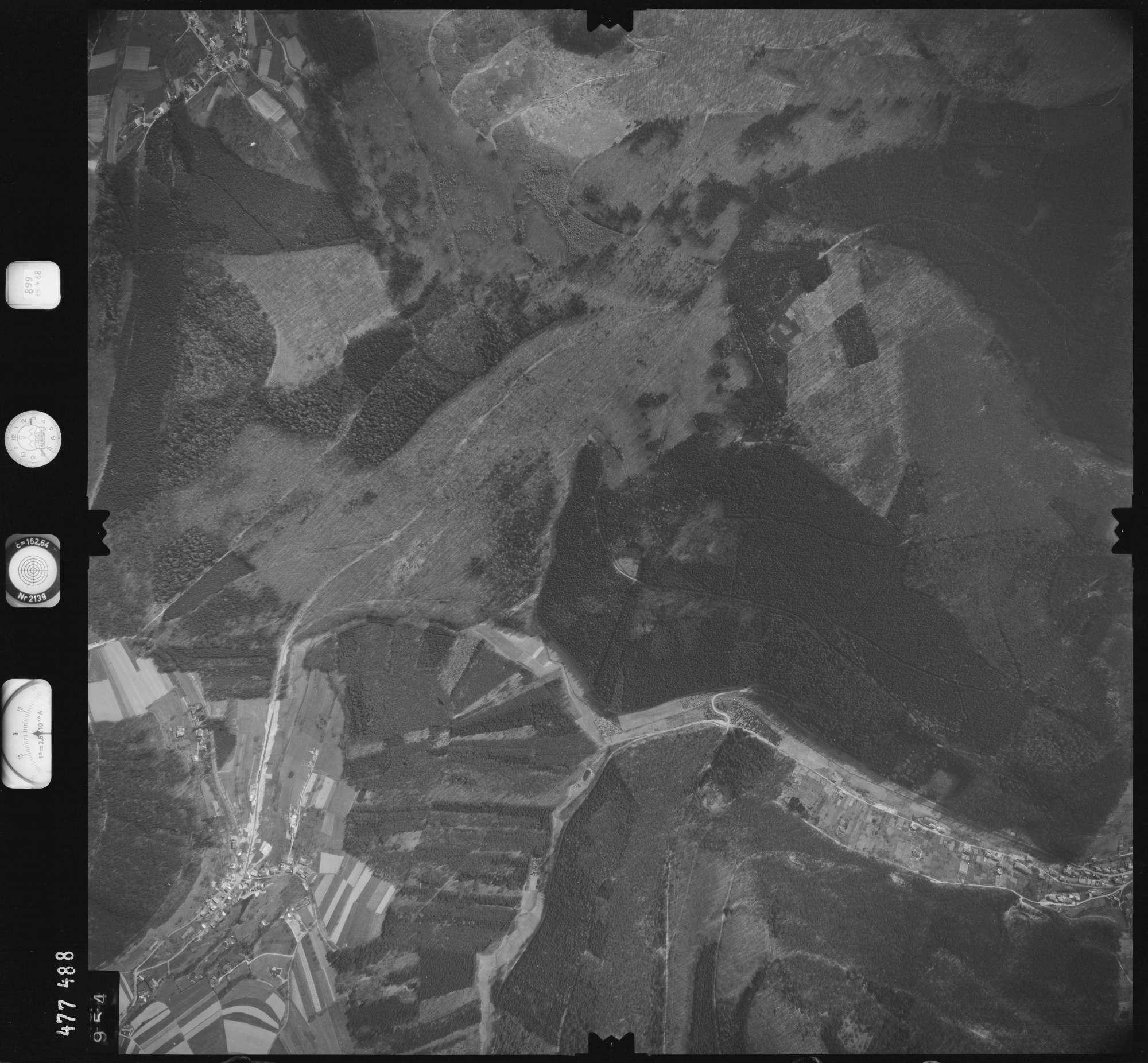 Luftbild: Film 899 Bildnr. 954, Bild 1