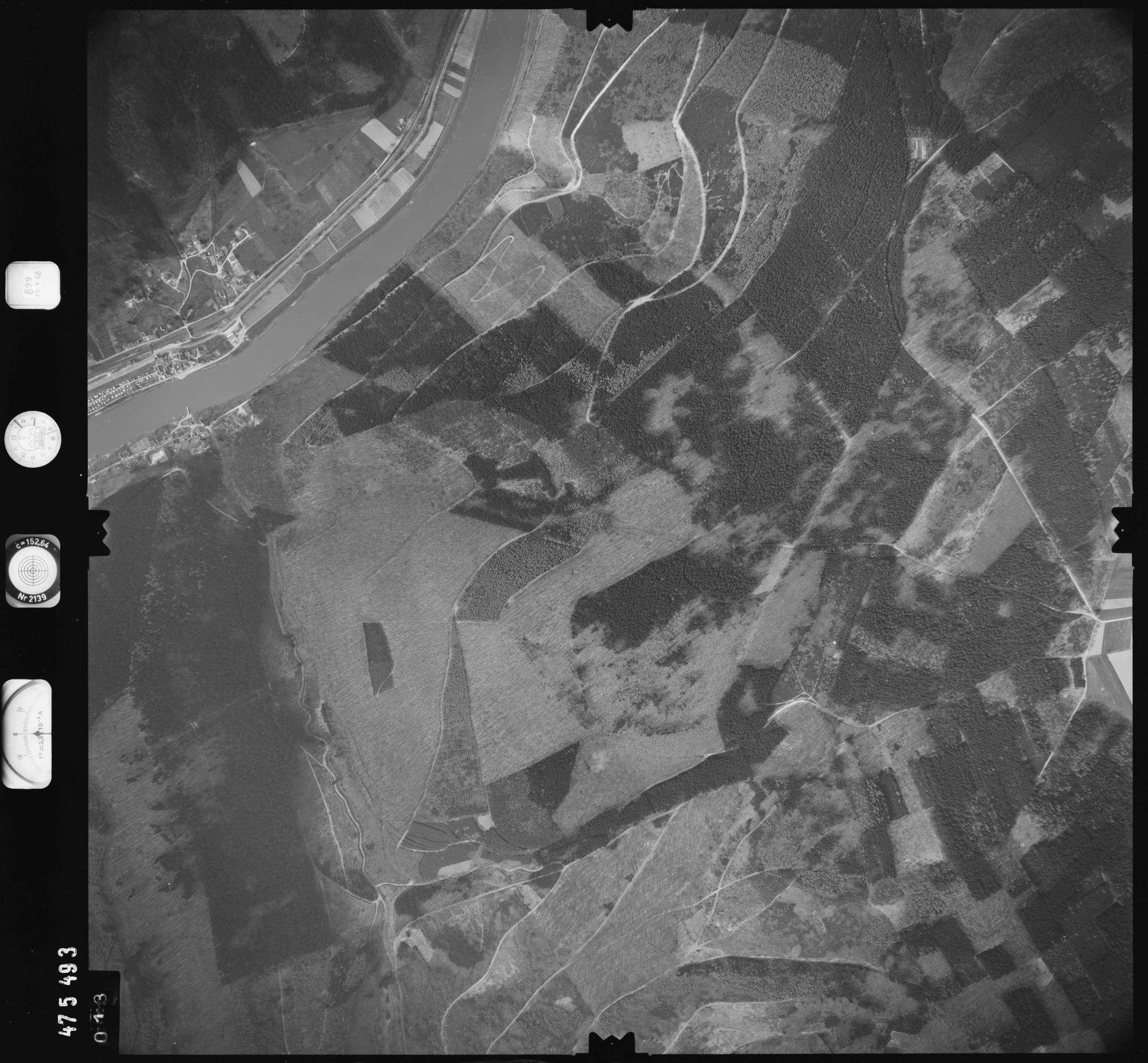 Luftbild: Film 899 Bildnr. 13, Bild 1