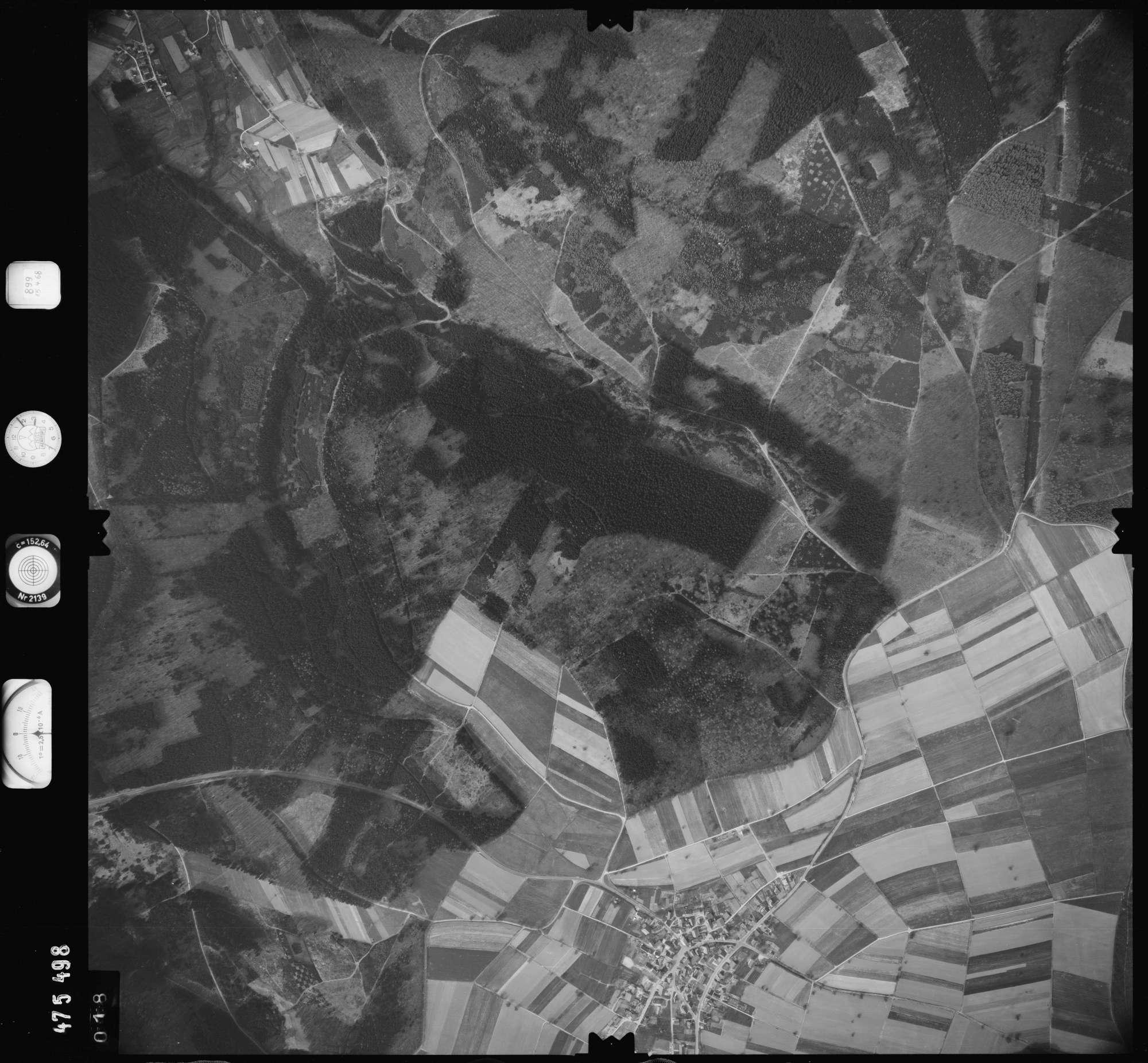 Luftbild: Film 899 Bildnr. 18, Bild 1