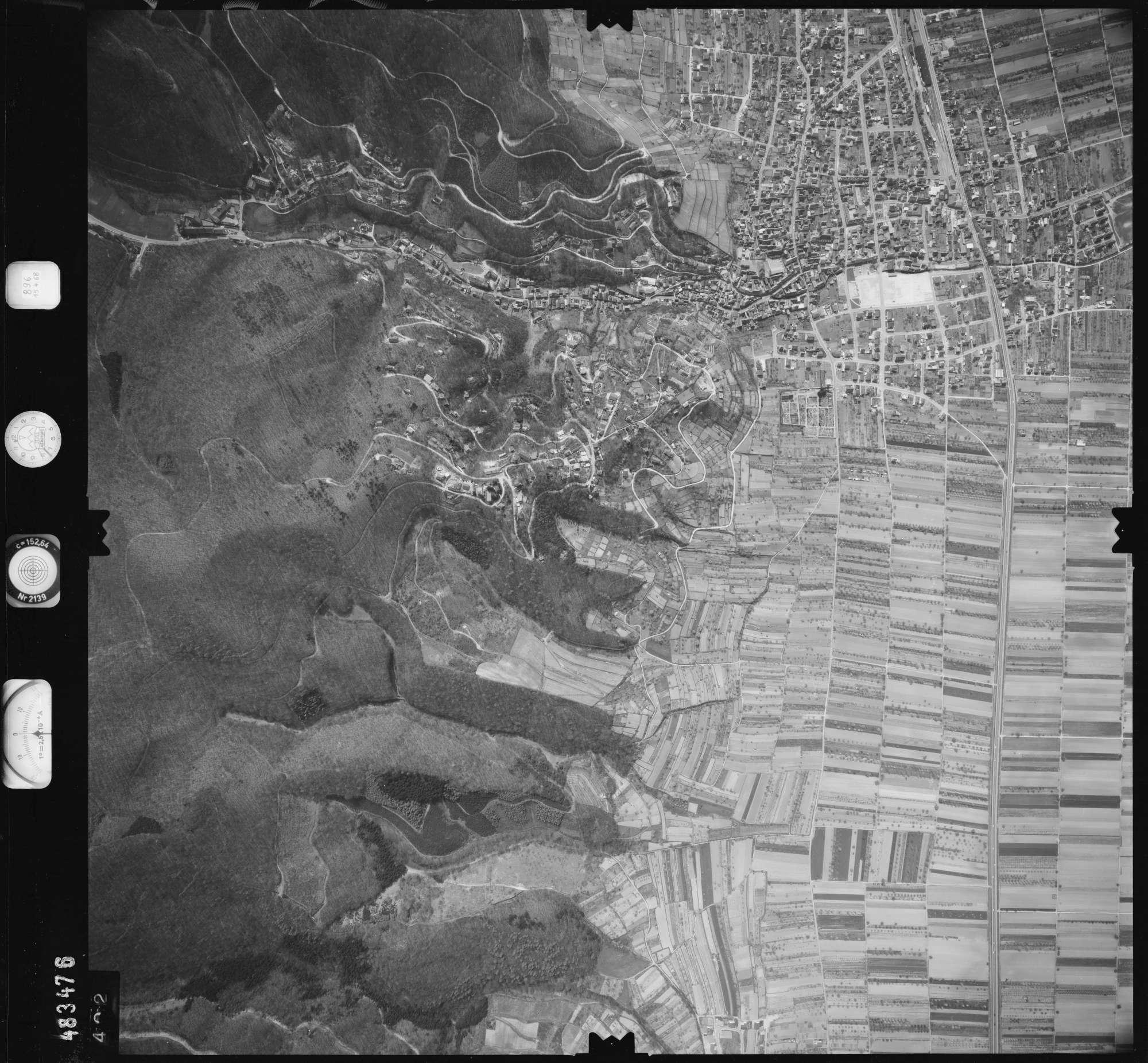Luftbild: Film 896 Bildnr. 402, Bild 1