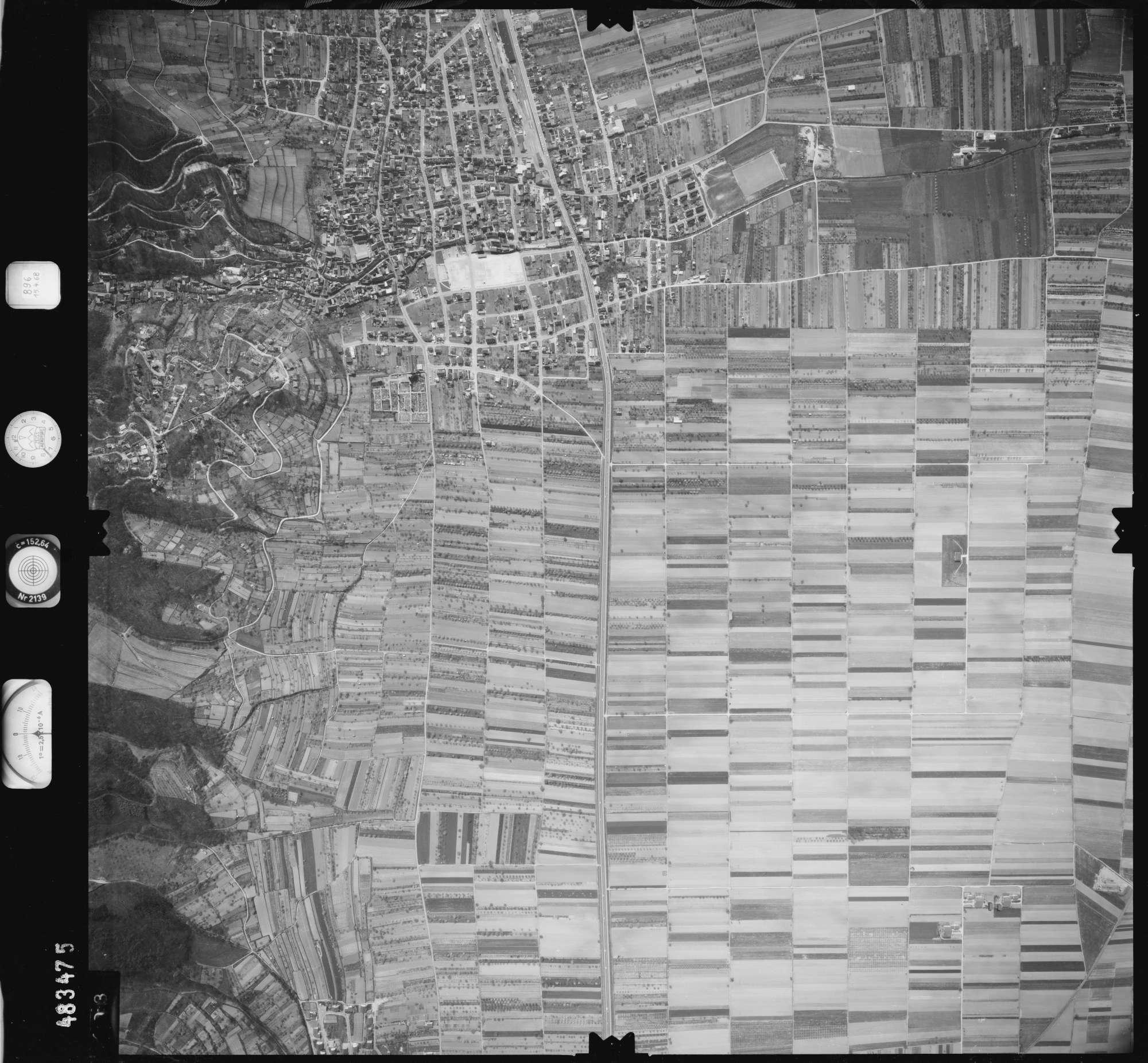 Luftbild: Film 896 Bildnr. 403, Bild 1
