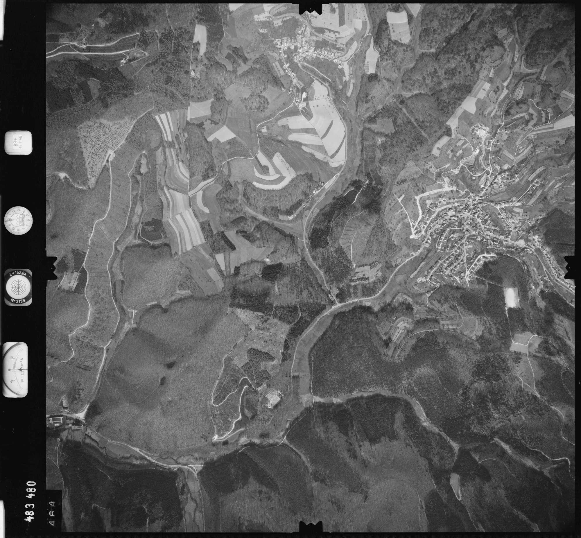 Luftbild: Film 897 Bildnr. 464, Bild 1