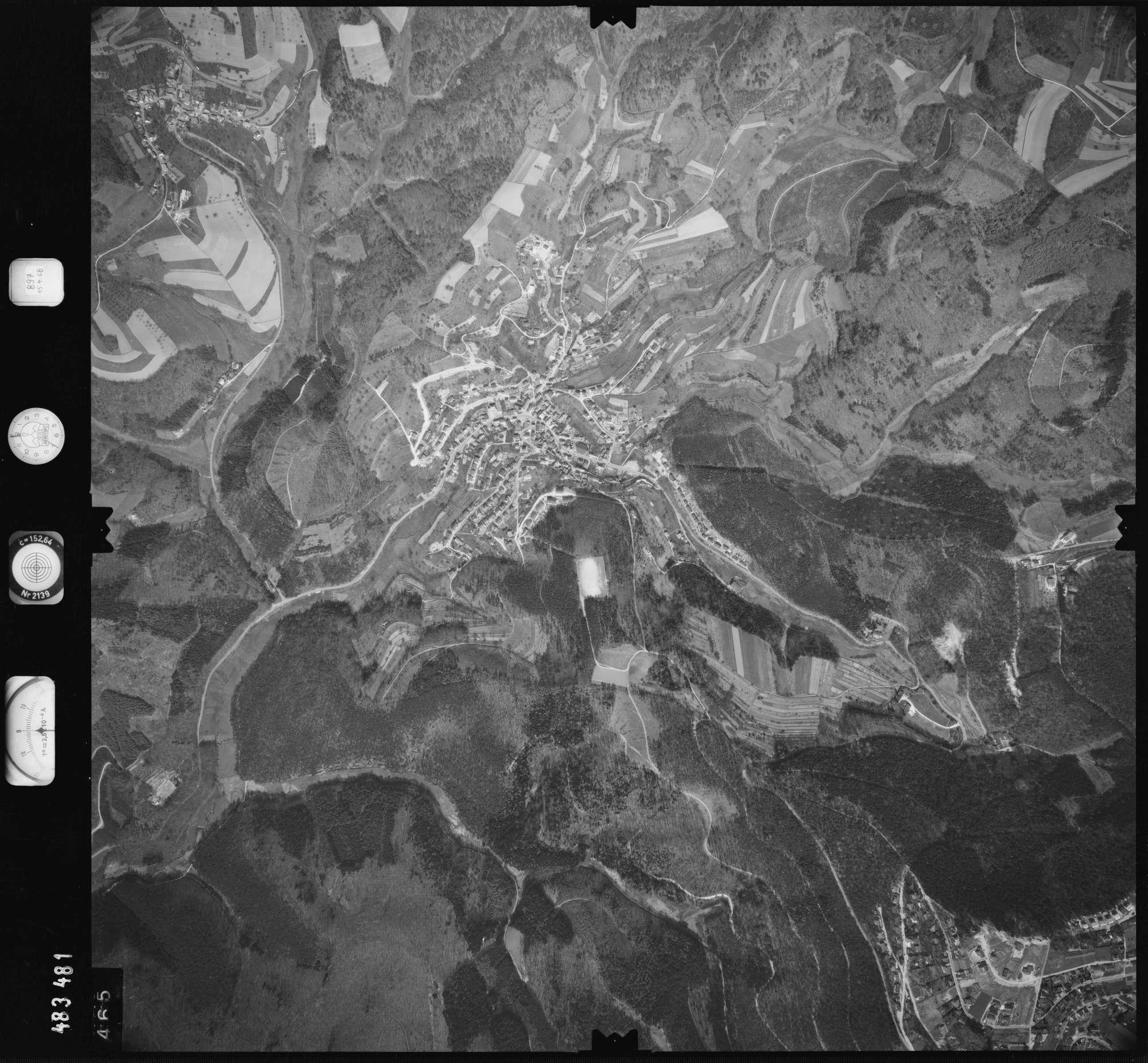 Luftbild: Film 897 Bildnr. 465, Bild 1