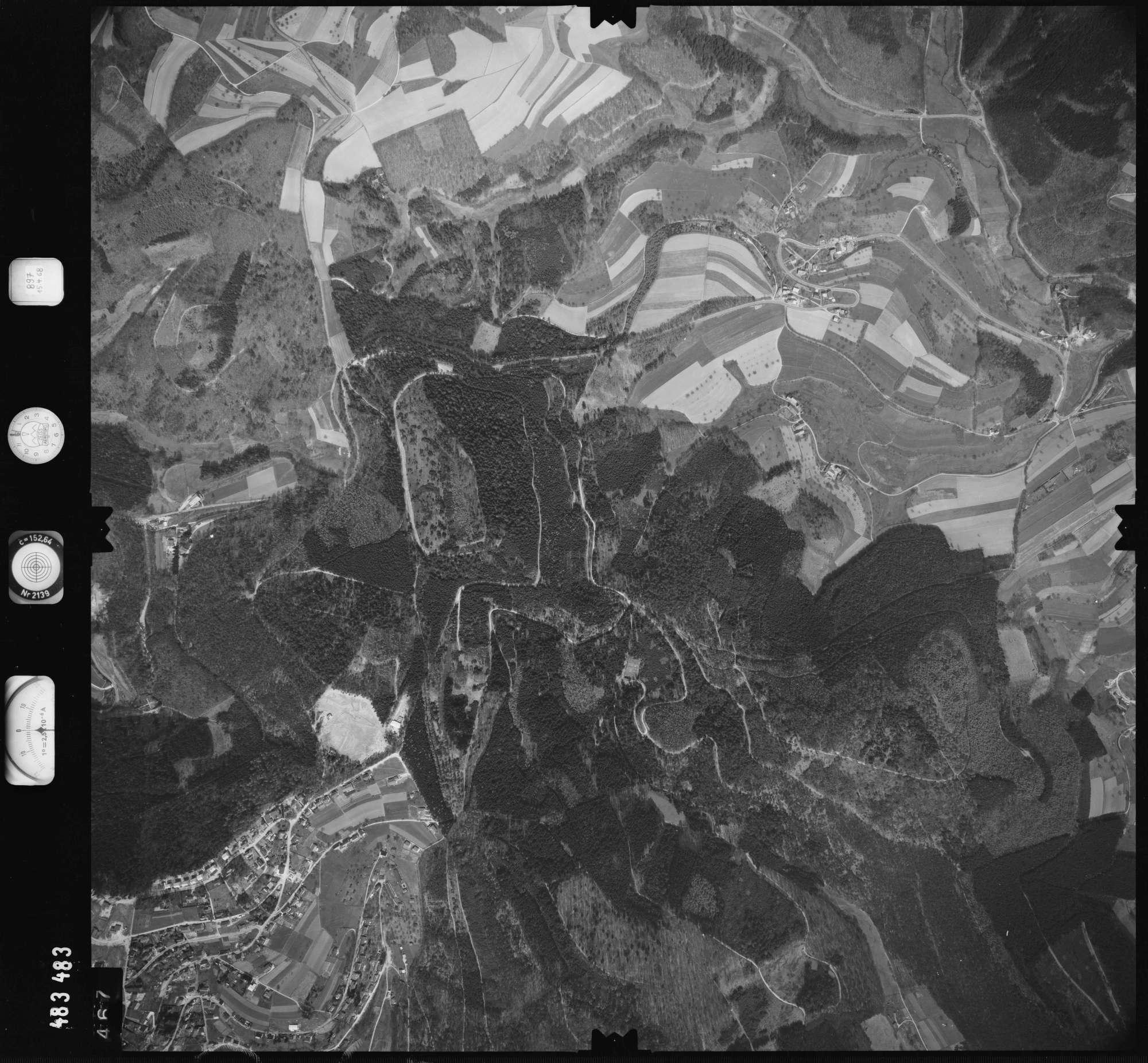 Luftbild: Film 897 Bildnr. 467, Bild 1