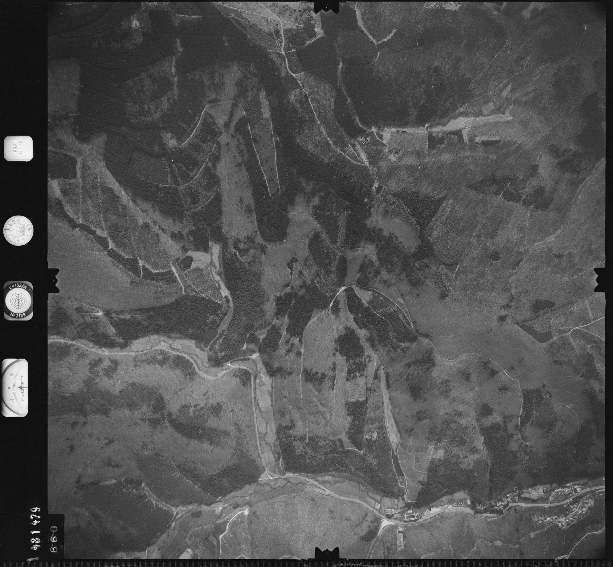 Luftbild: Film 897 Bildnr. 660, Bild 1