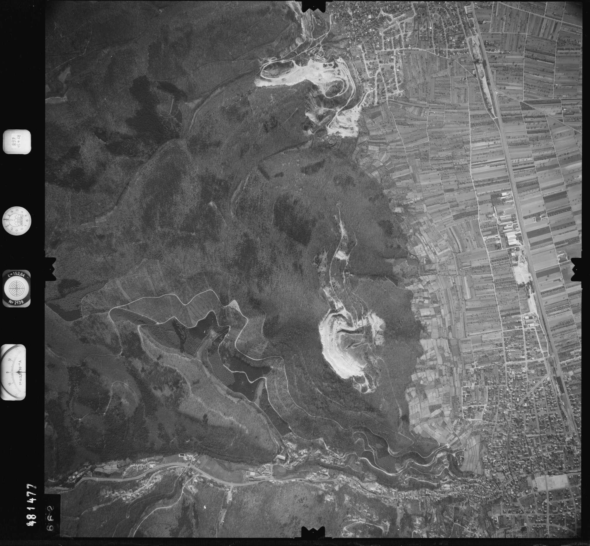 Luftbild: Film 897 Bildnr. 662, Bild 1