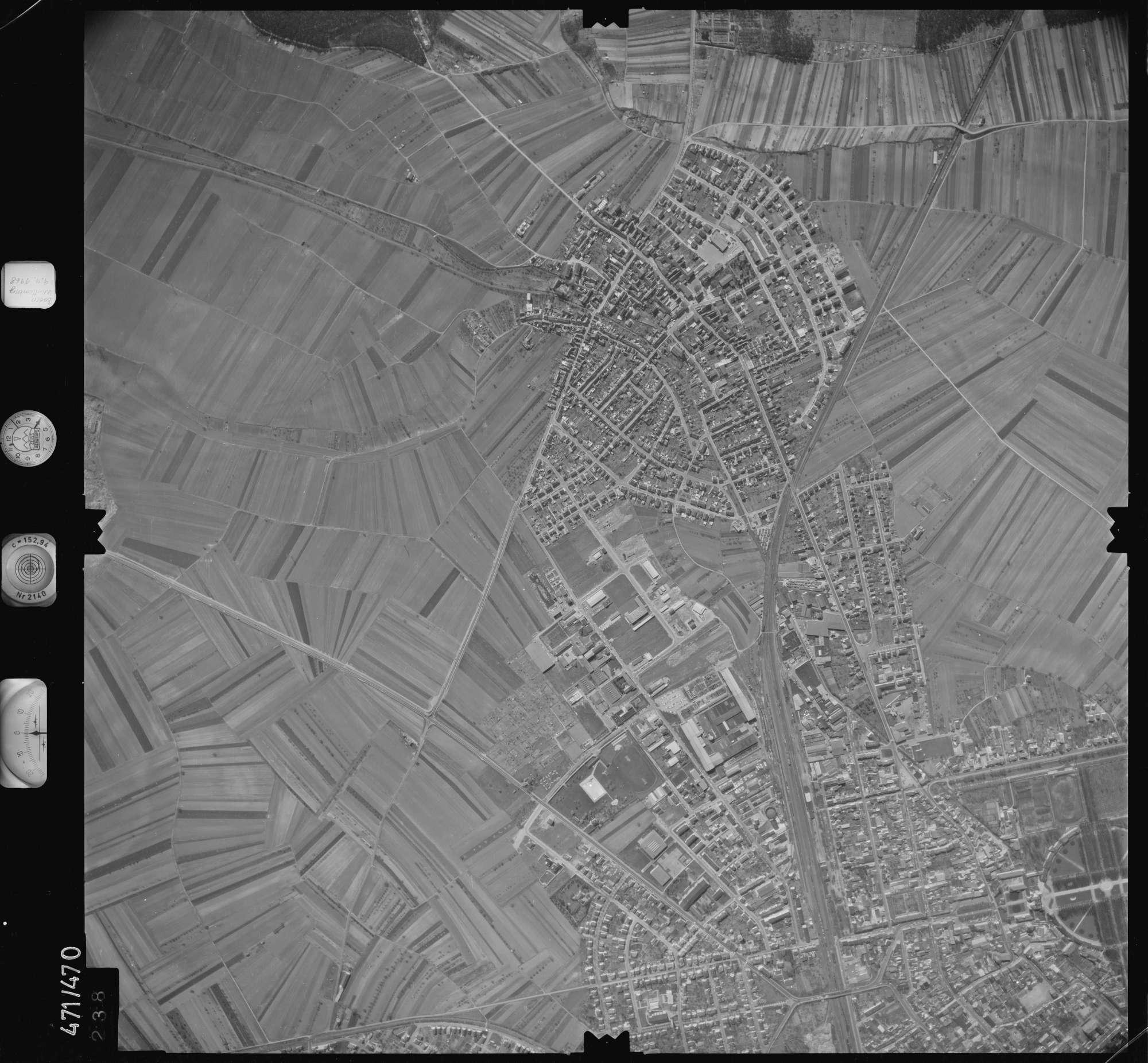 Luftbild: Film 100 Bildnr. 238, Bild 1