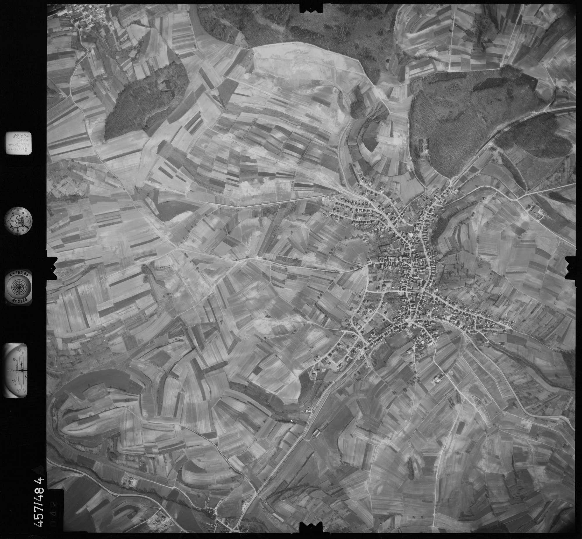 Luftbild: Film 104 Bildnr. 42, Bild 1