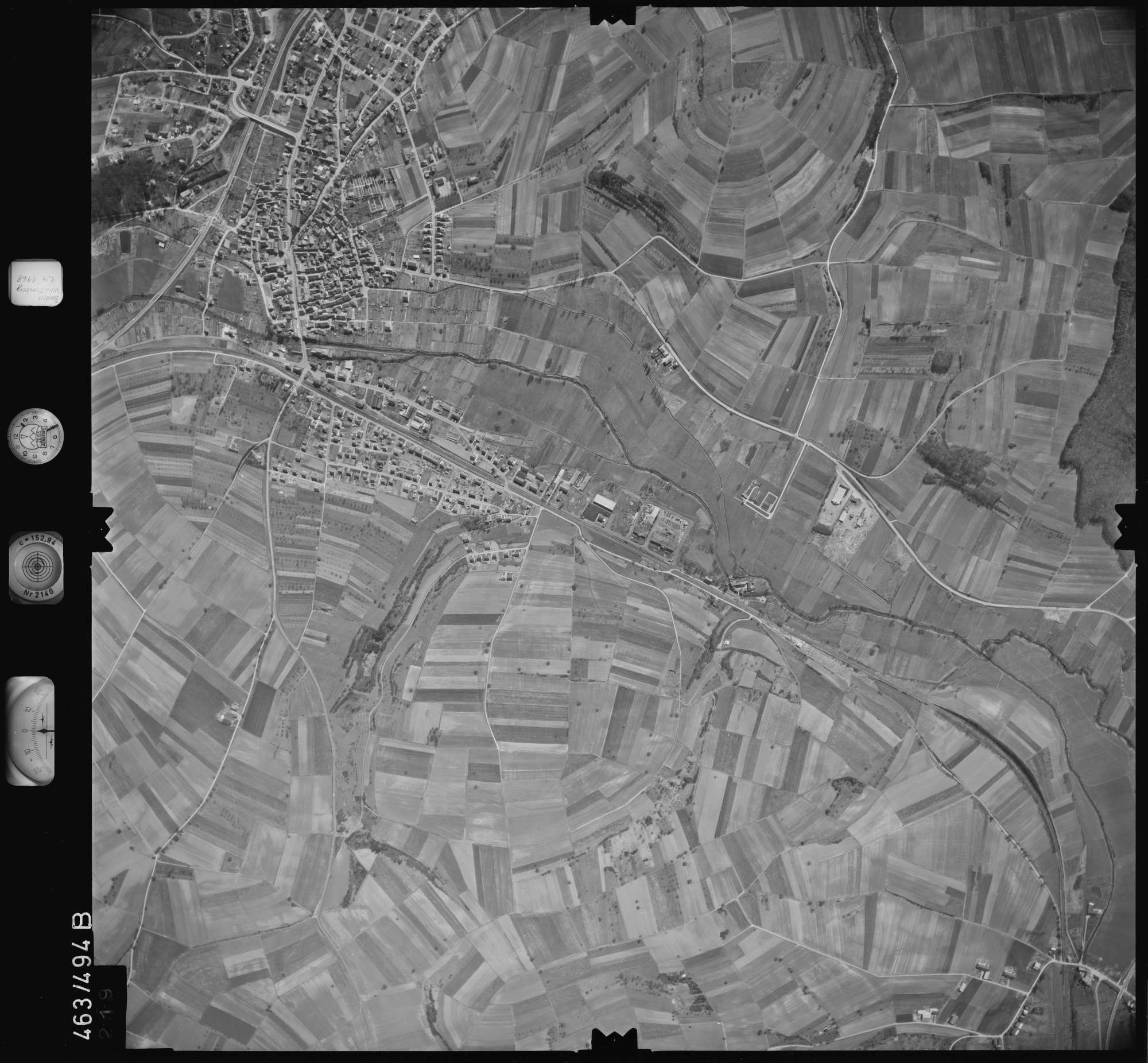 Luftbild: Film 102 Bildnr. 219, Bild 1