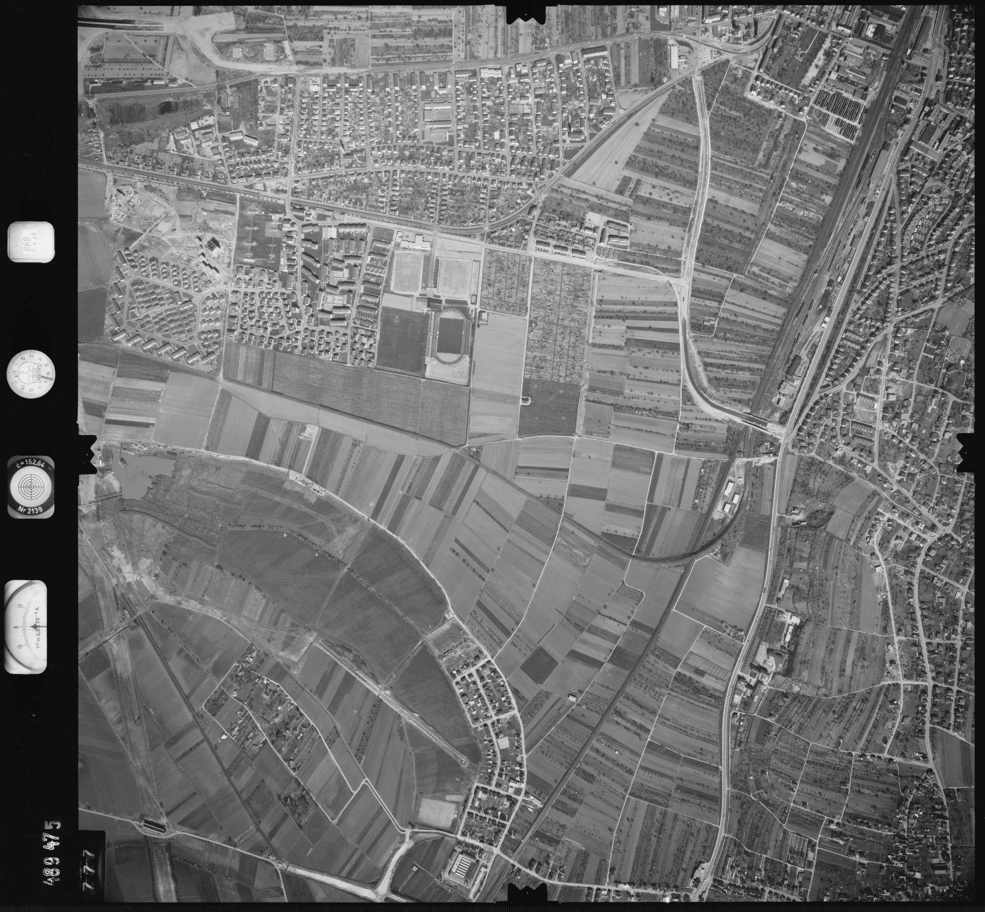Luftbild: Film 888 Bildnr. 777, Bild 1