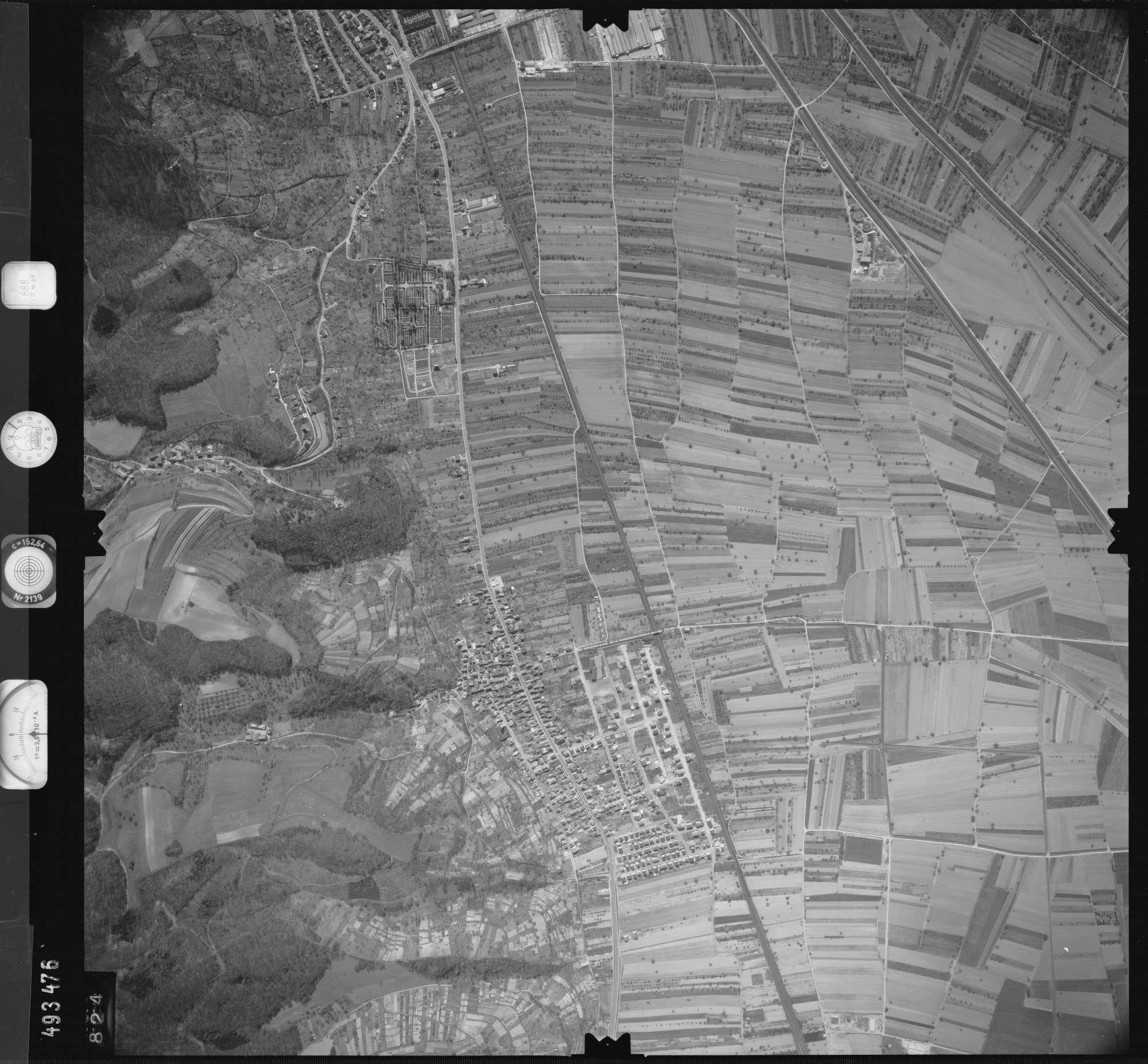 Luftbild: Film 888 Bildnr. 824, Bild 1