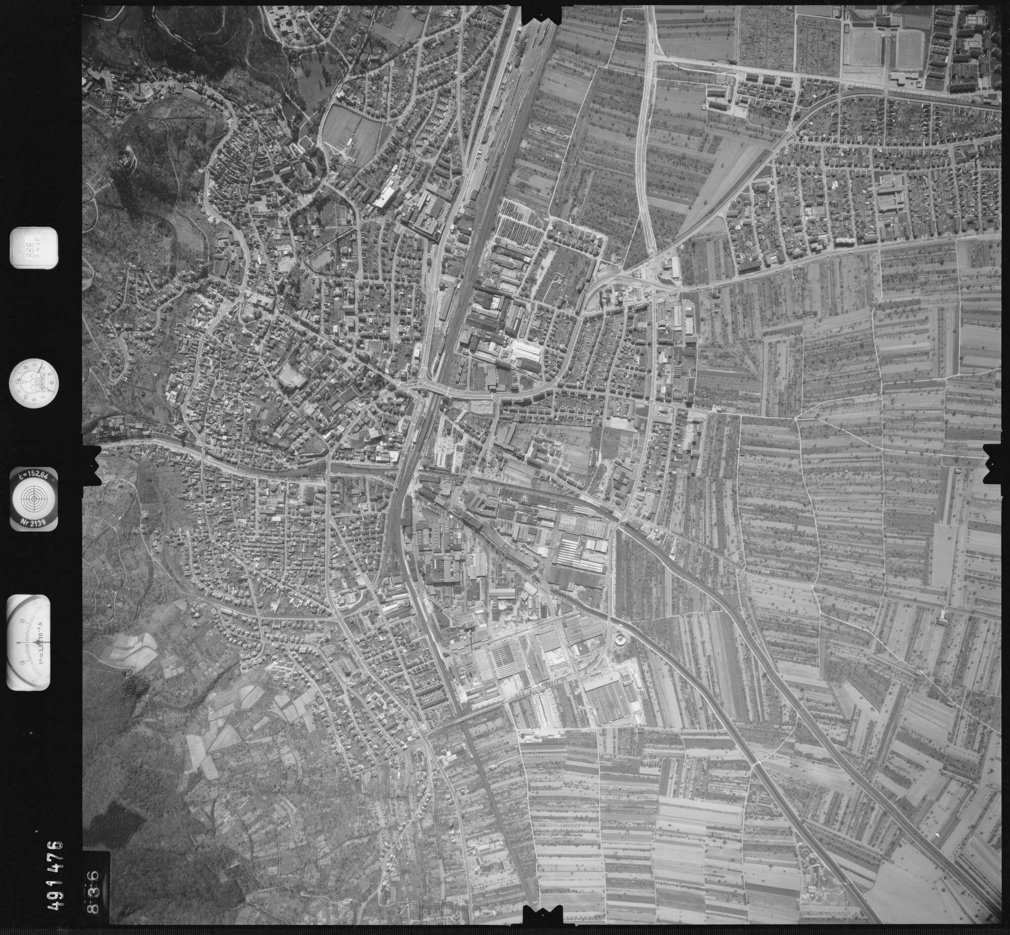 Luftbild: Film 888 Bildnr. 836, Bild 1
