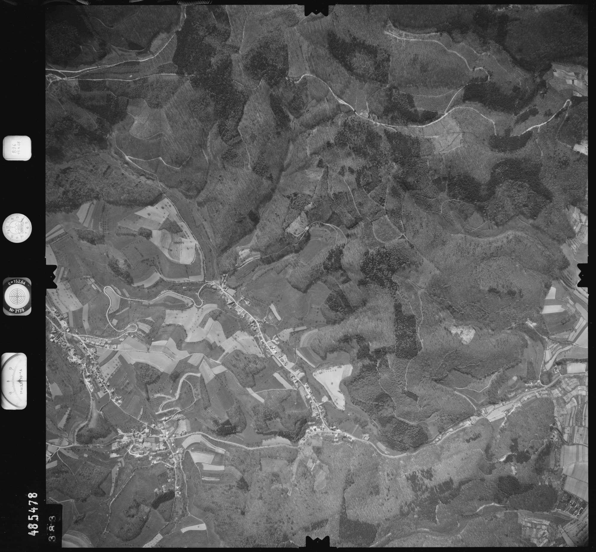 Luftbild: Film 896 Bildnr. 383, Bild 1
