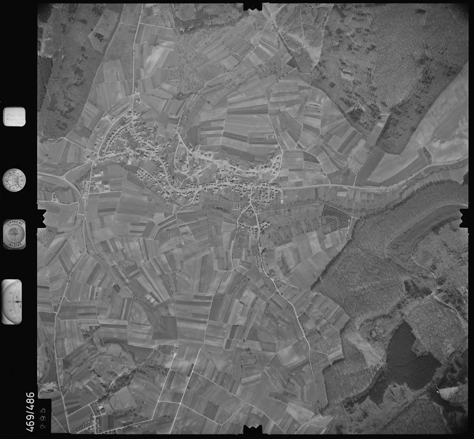 Luftbild: Film 101 Bildnr. 295, Bild 1