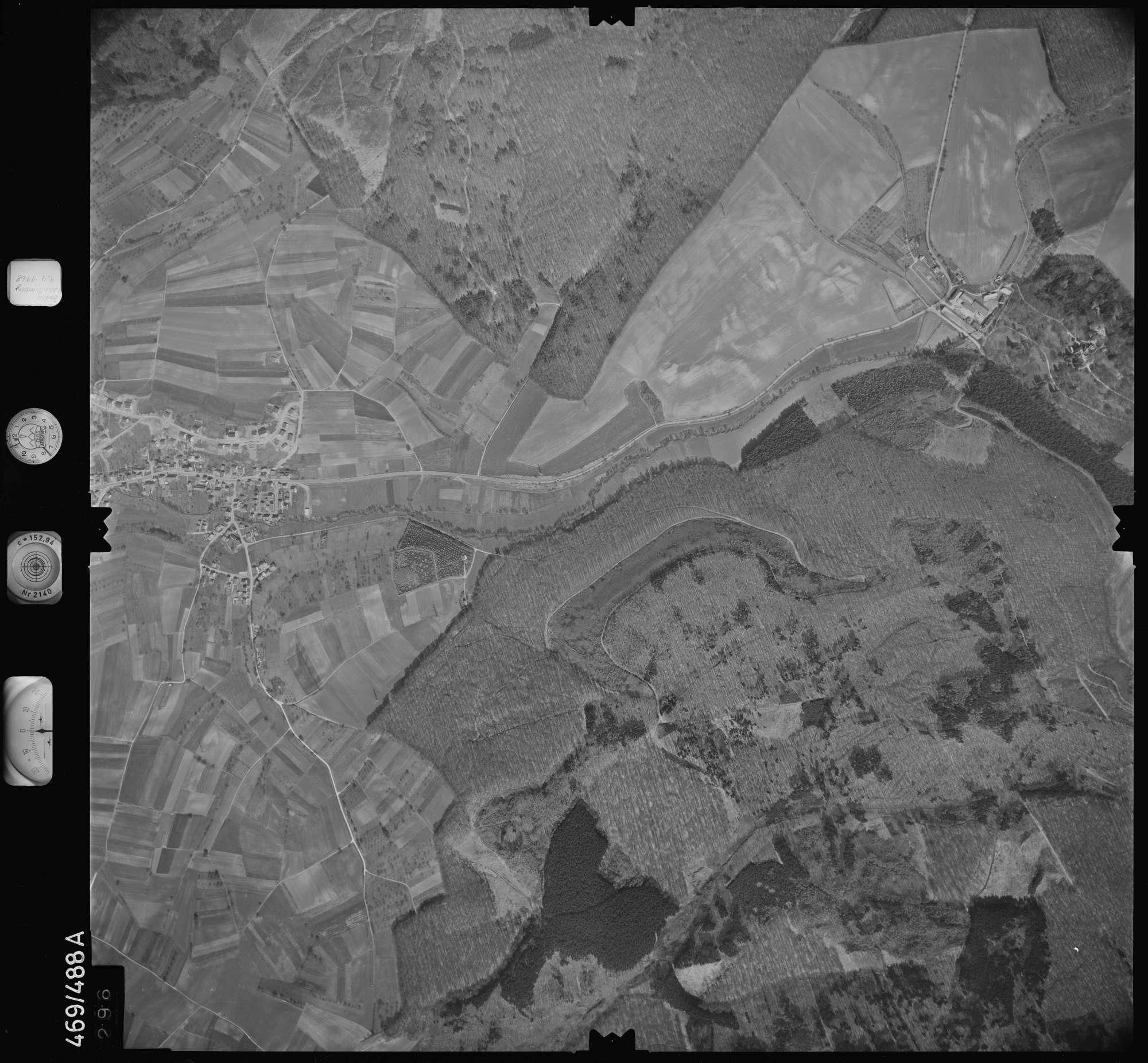 Luftbild: Film 101 Bildnr. 296, Bild 1