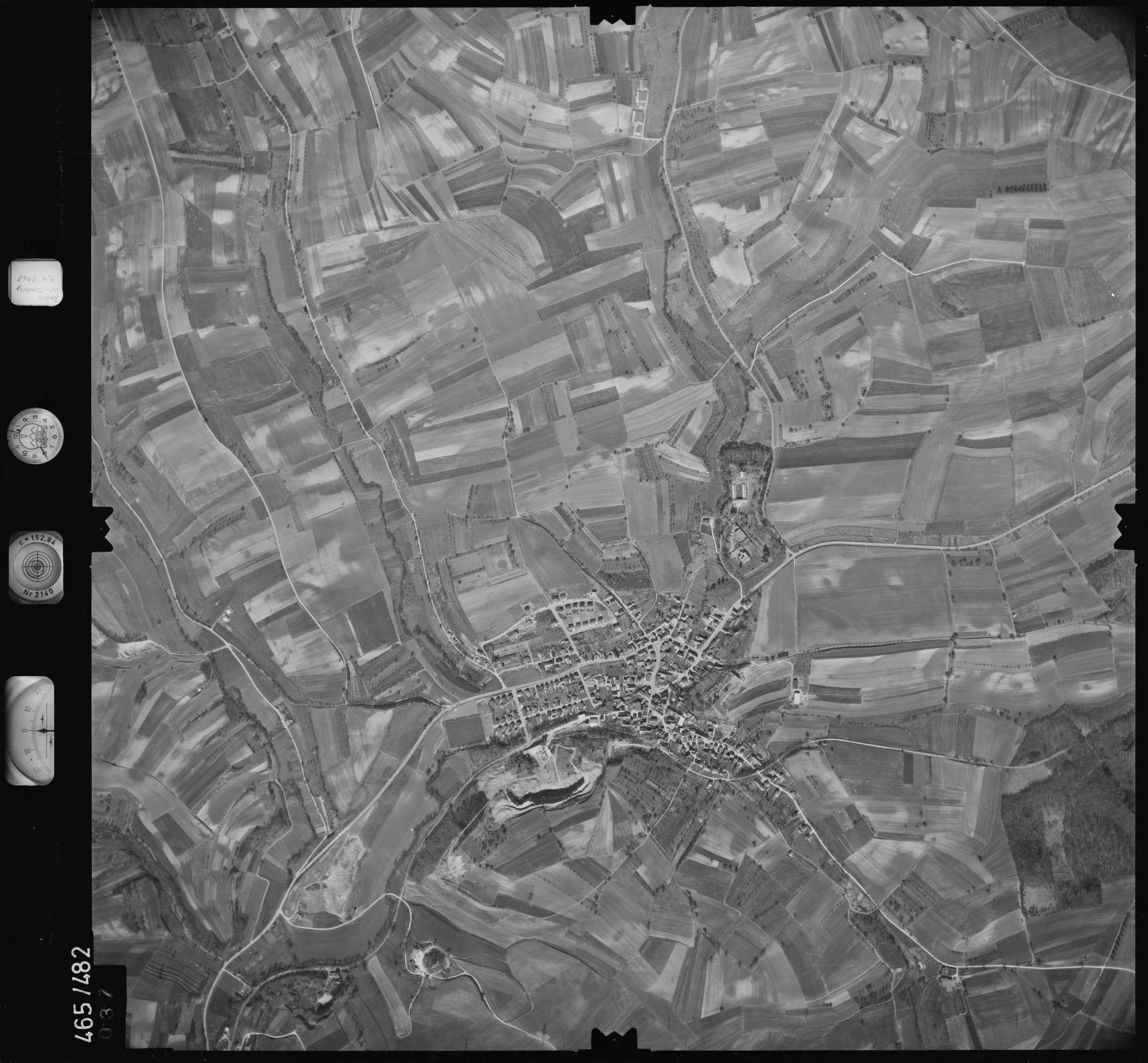 Luftbild: Film 102 Bildnr. 37, Bild 1