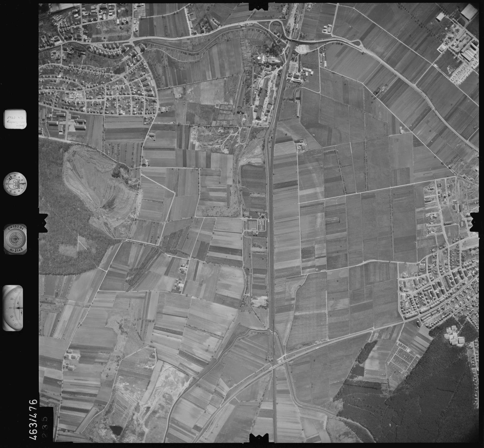 Luftbild: Film 102 Bildnr. 235, Bild 1