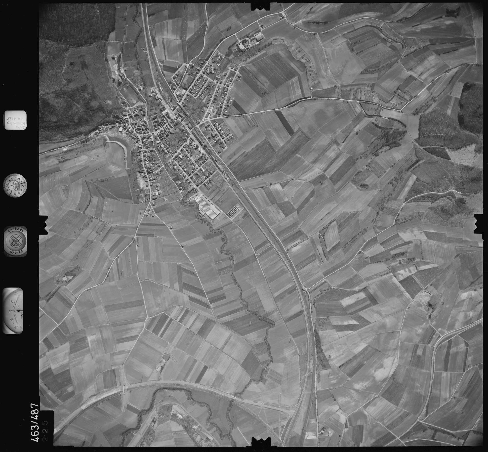 Luftbild: Film 102 Bildnr. 225, Bild 1