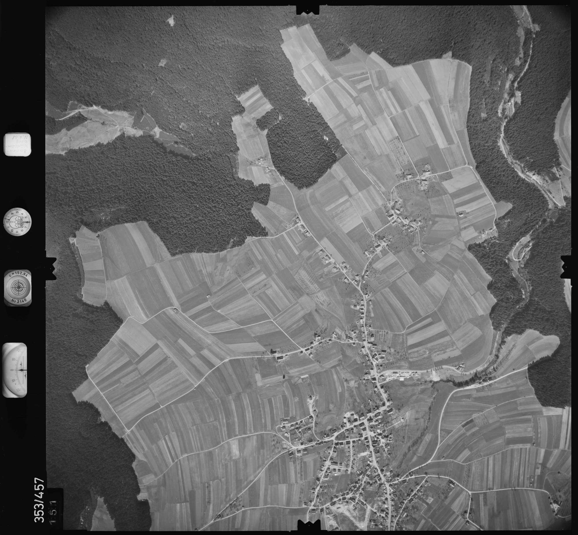 Luftbild: Film 37 Bildnr. 151, Bild 1
