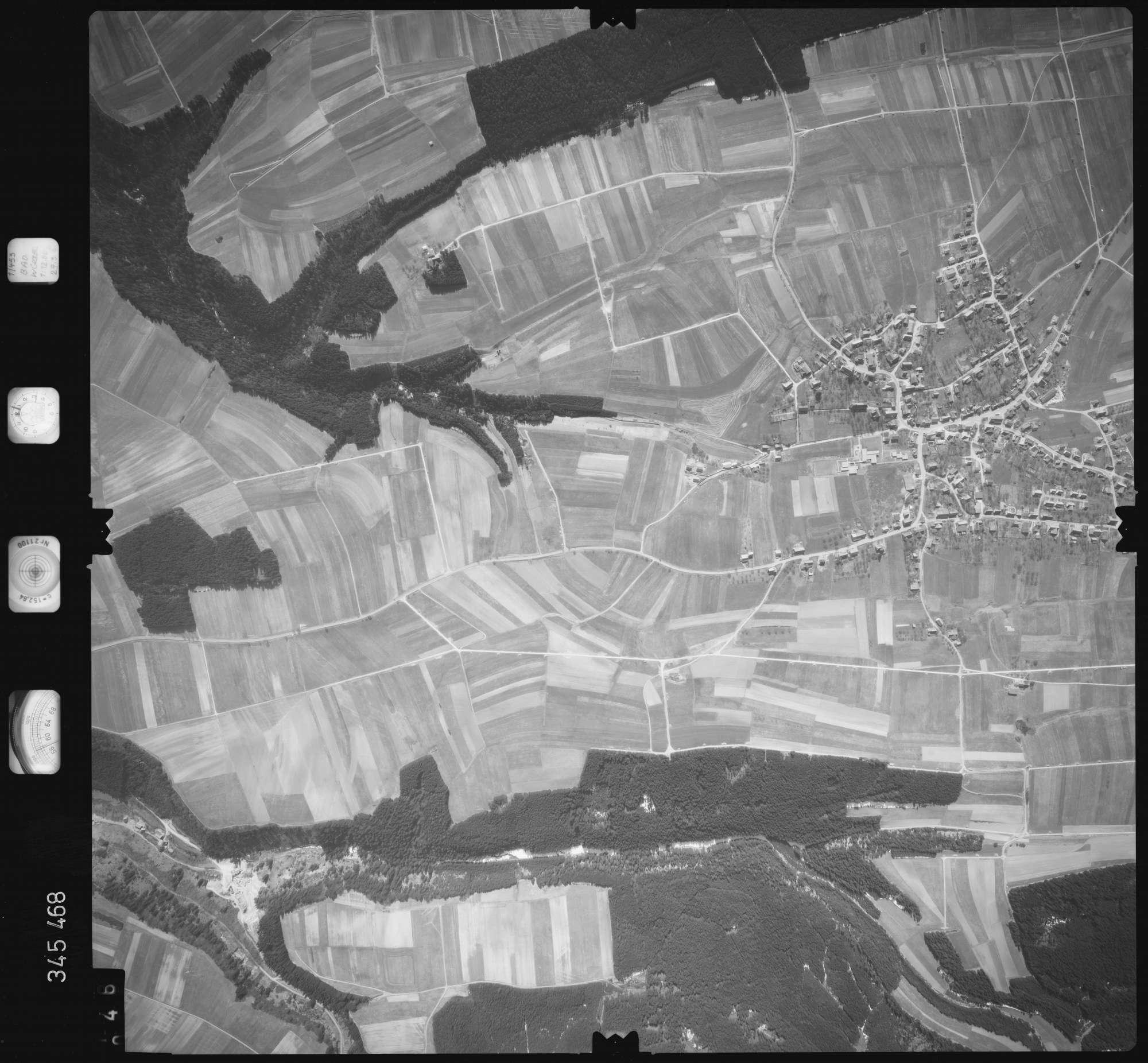 Luftbild: Film 44 Bildnr. 46, Bild 1