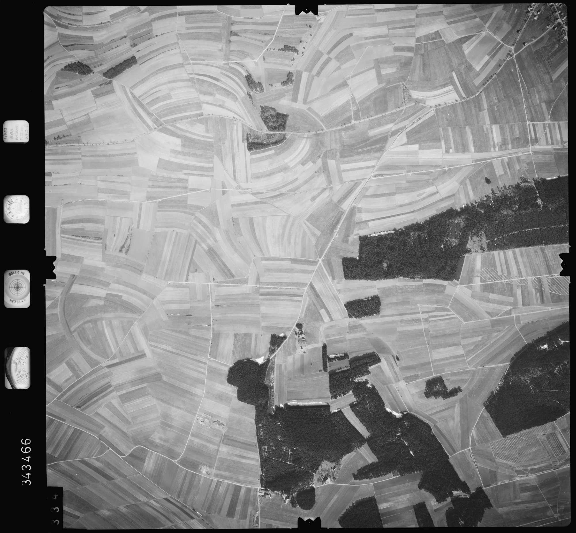 Luftbild: Film 46 Bildnr. 334, Bild 1