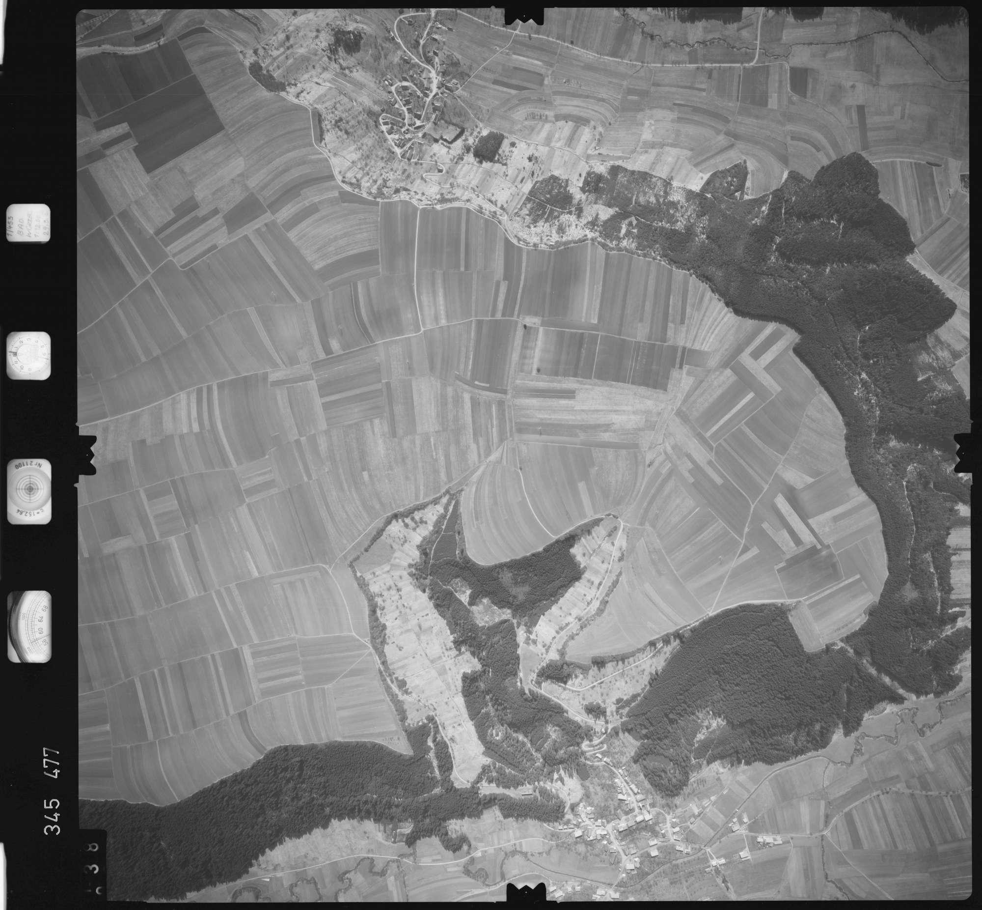 Luftbild: Film 44 Bildnr. 38, Bild 1
