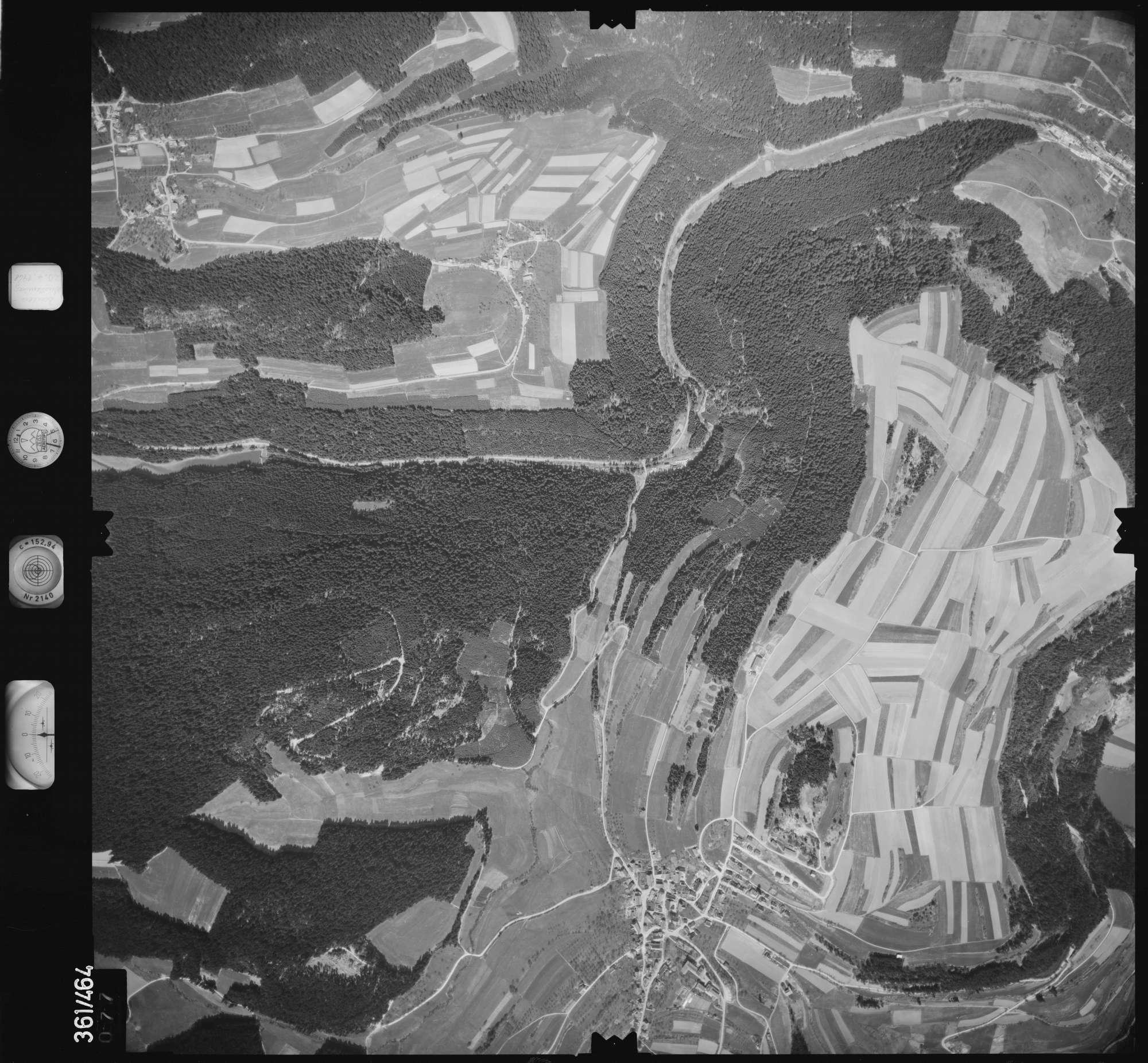 Luftbild: Film 15 Bildnr. 77, Bild 1