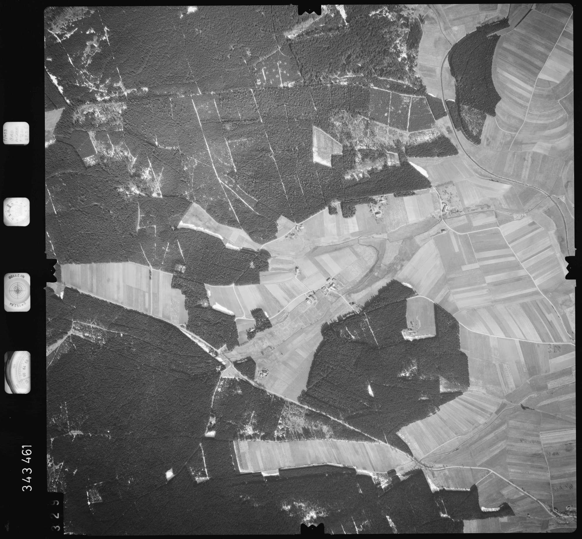 Luftbild: Film 46 Bildnr. 329, Bild 1