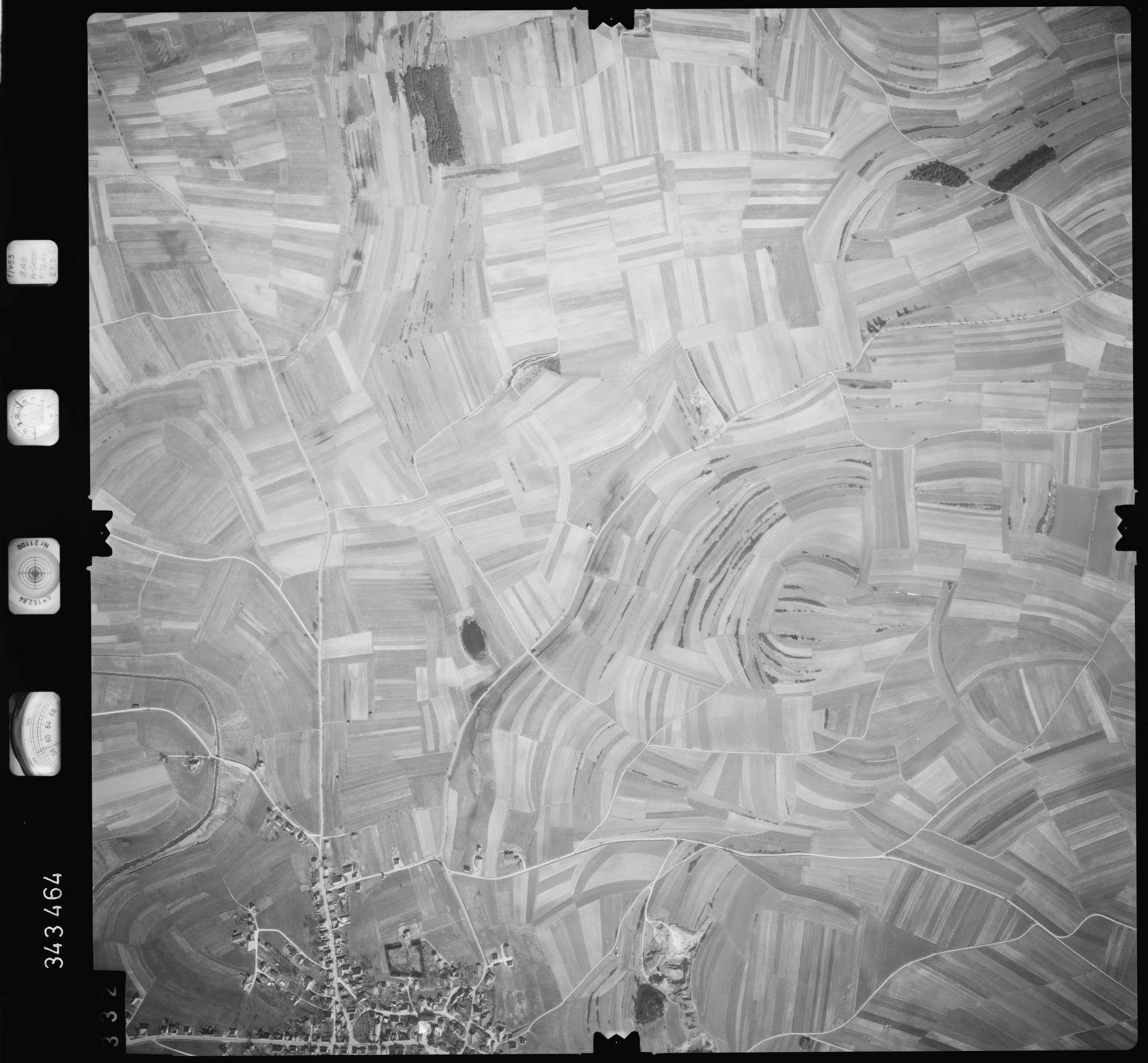 Luftbild: Film 46 Bildnr. 332, Bild 1