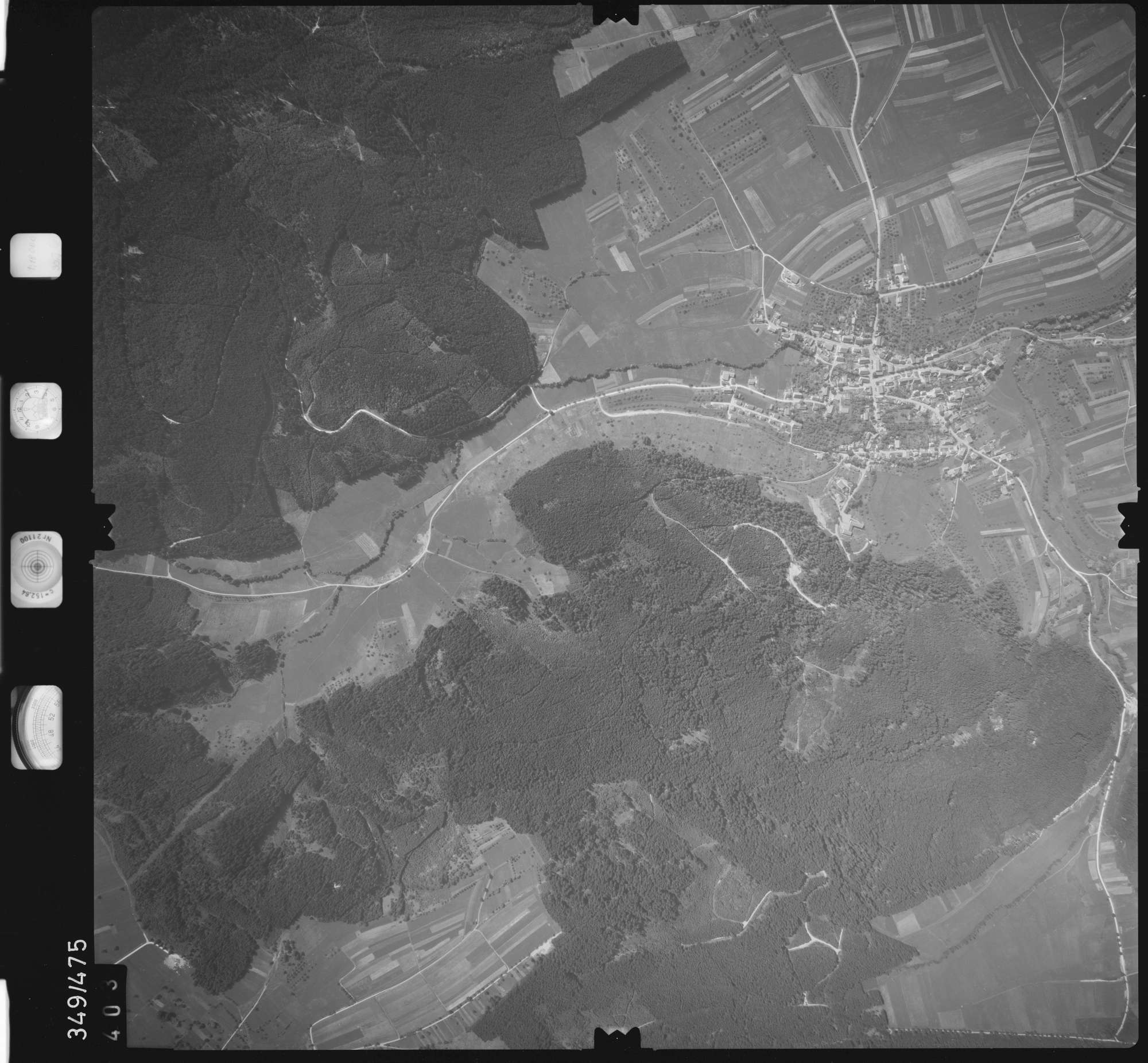 Luftbild: Film 90 Bildnr. 403, Bild 1