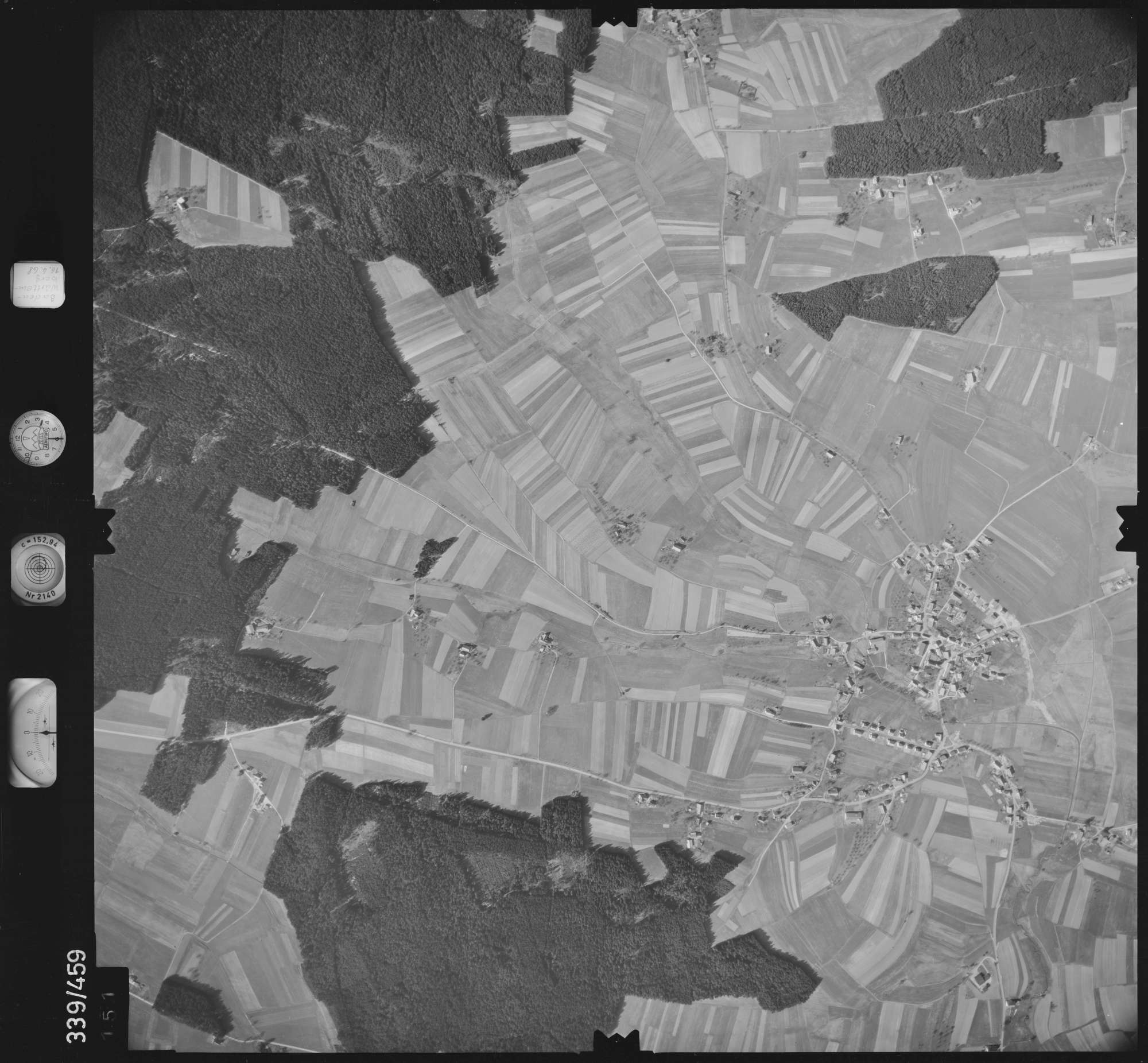 Luftbild: Film 49 Bildnr. 151, Bild 1