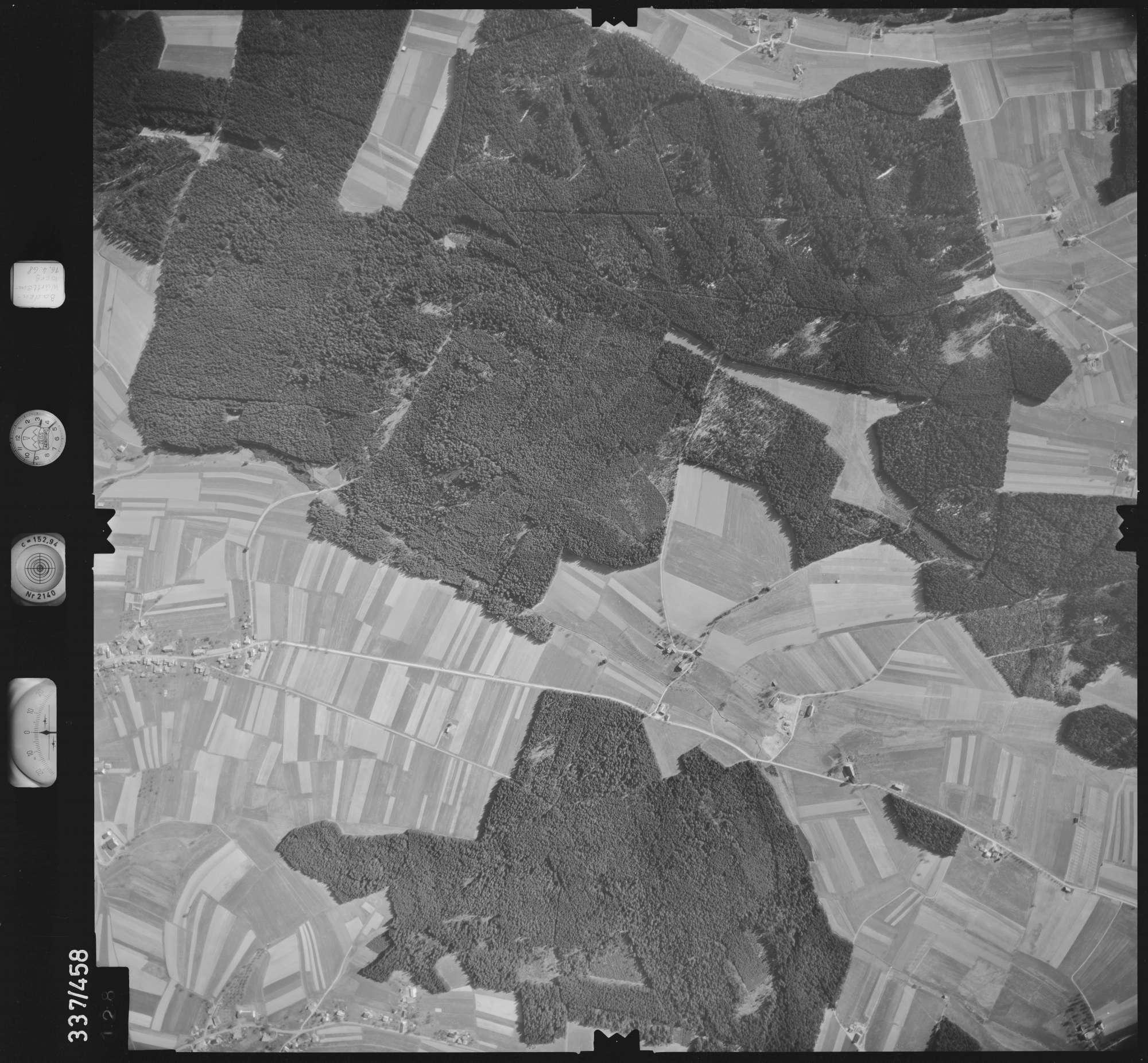Luftbild: Film 49 Bildnr. 128, Bild 1