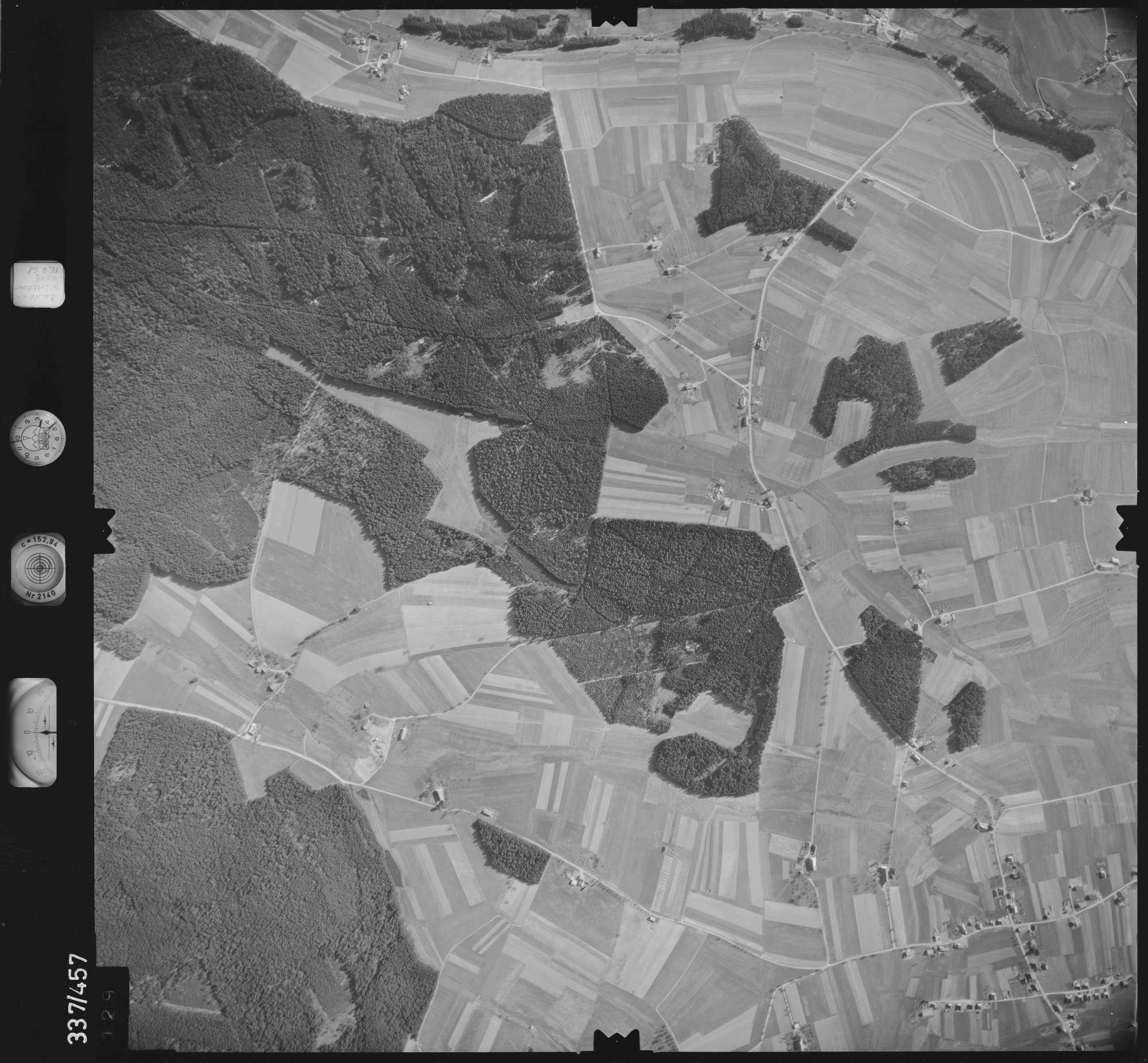 Luftbild: Film 49 Bildnr. 129, Bild 1