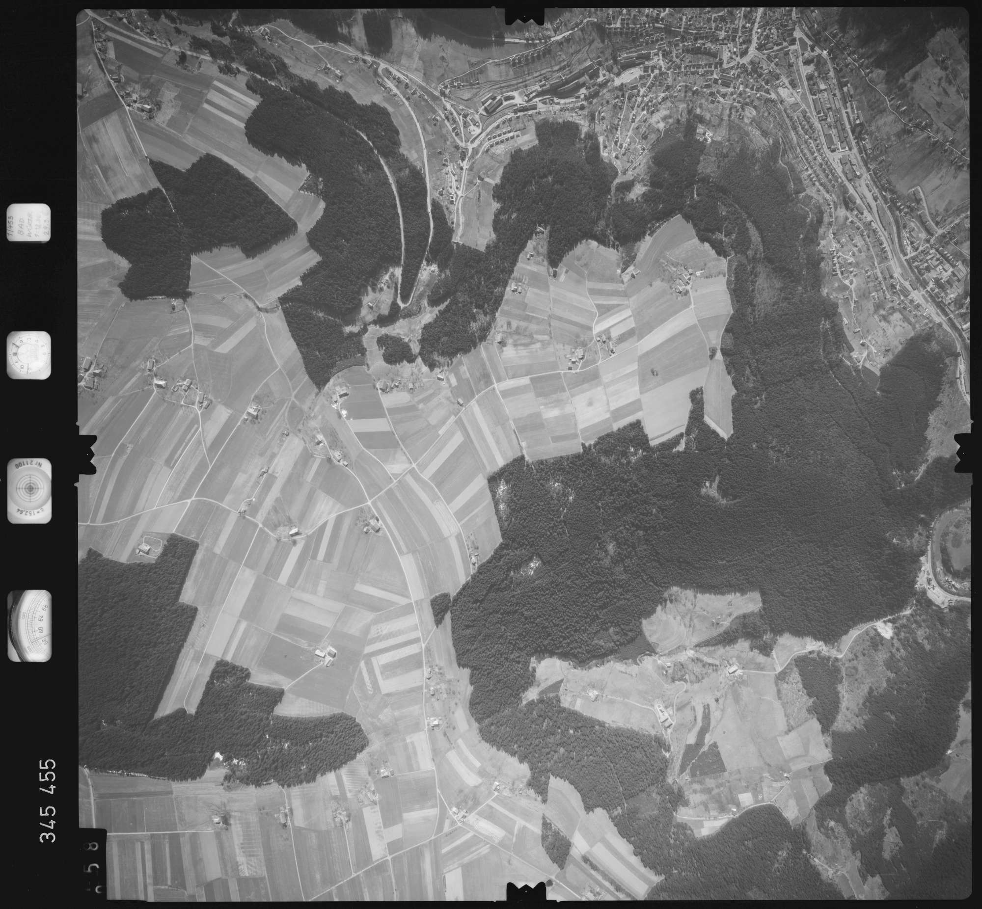 Luftbild: Film 44 Bildnr. 58, Bild 1