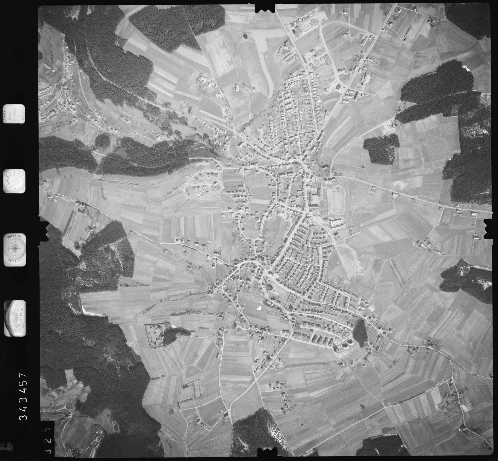 Luftbild: Film 46 Bildnr. 325, Bild 1
